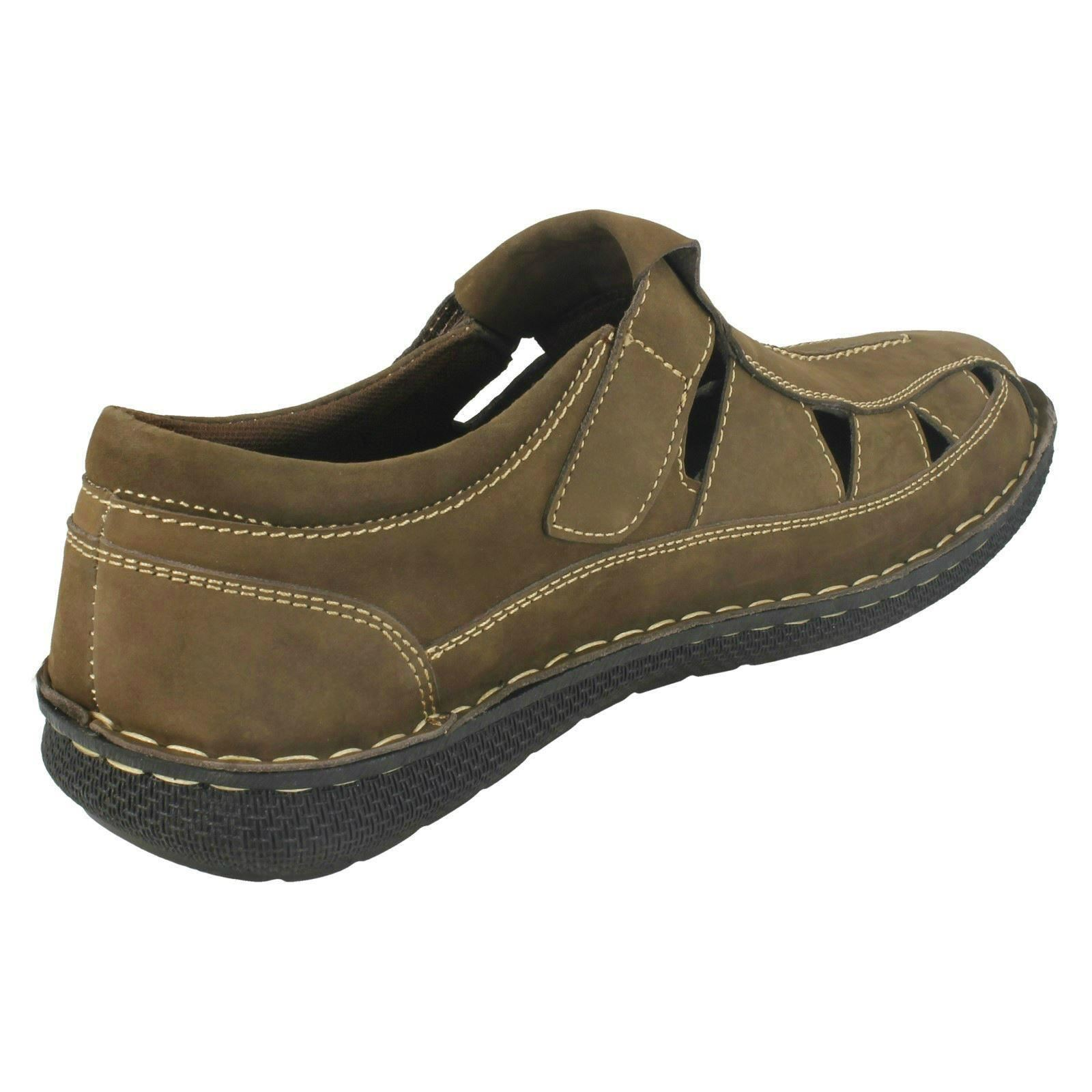 Mens Thomas Blunt Cut Out Upper Summer Shoes