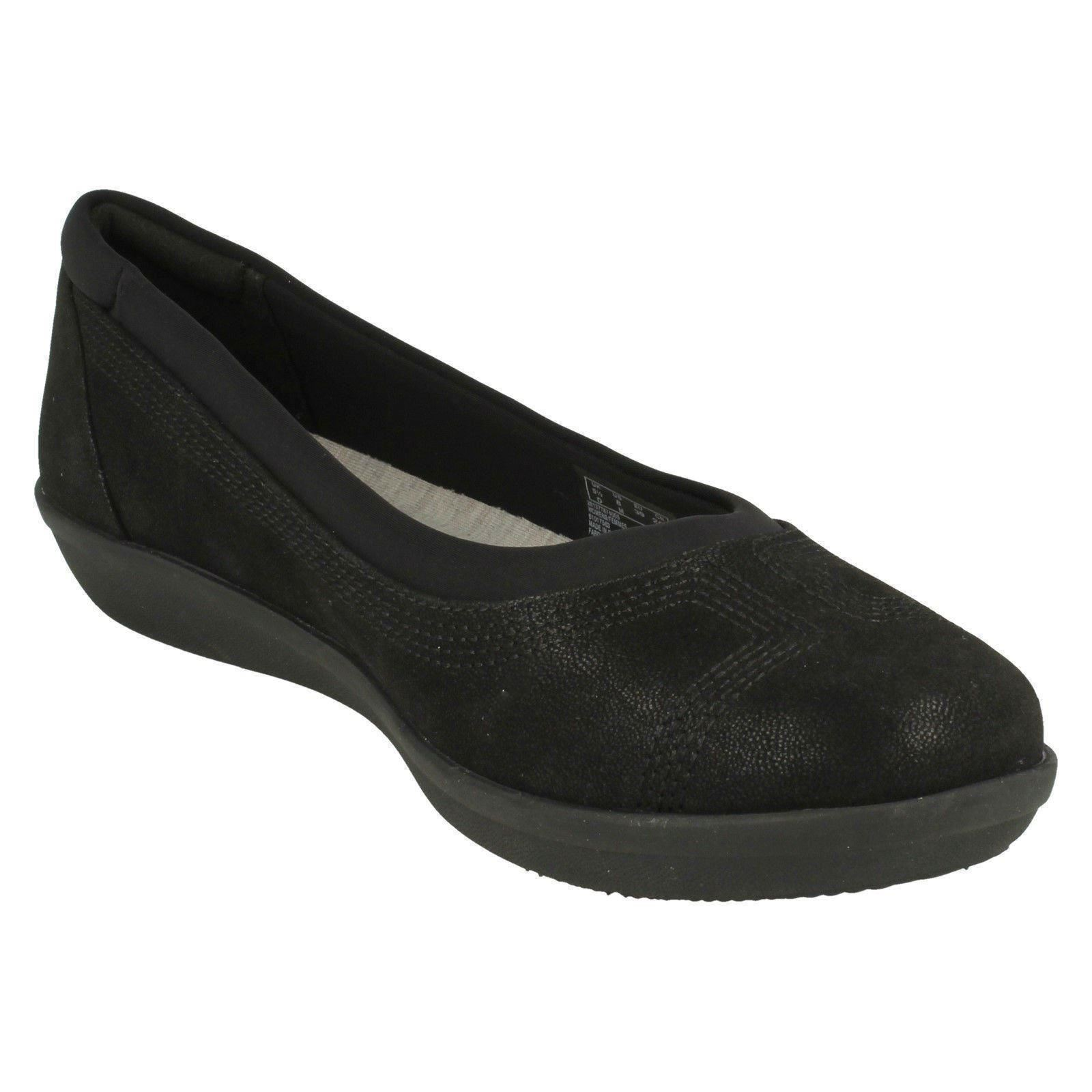 5b9ab7ea Details about Ladies Clarks Cloud Steppers Flat Shoes 'Ayla Low'