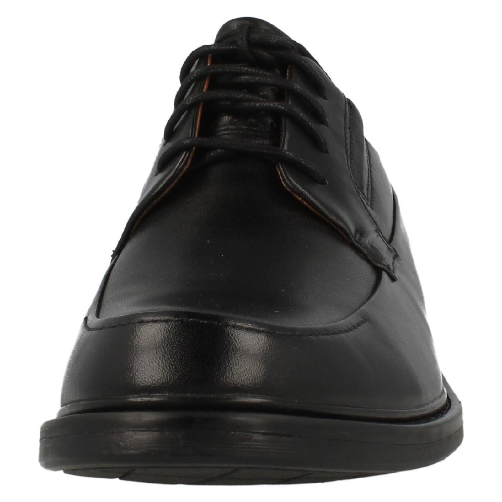 clarks active air vent mens shoes