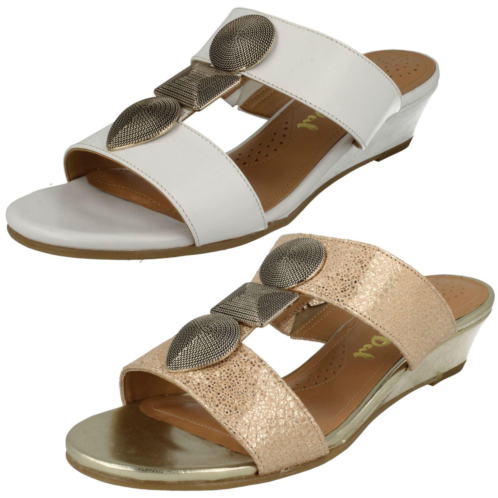 a5543ec022ef2 Details about Ladies Van Dal Summer Low Wedge Sandals 'Epsom'