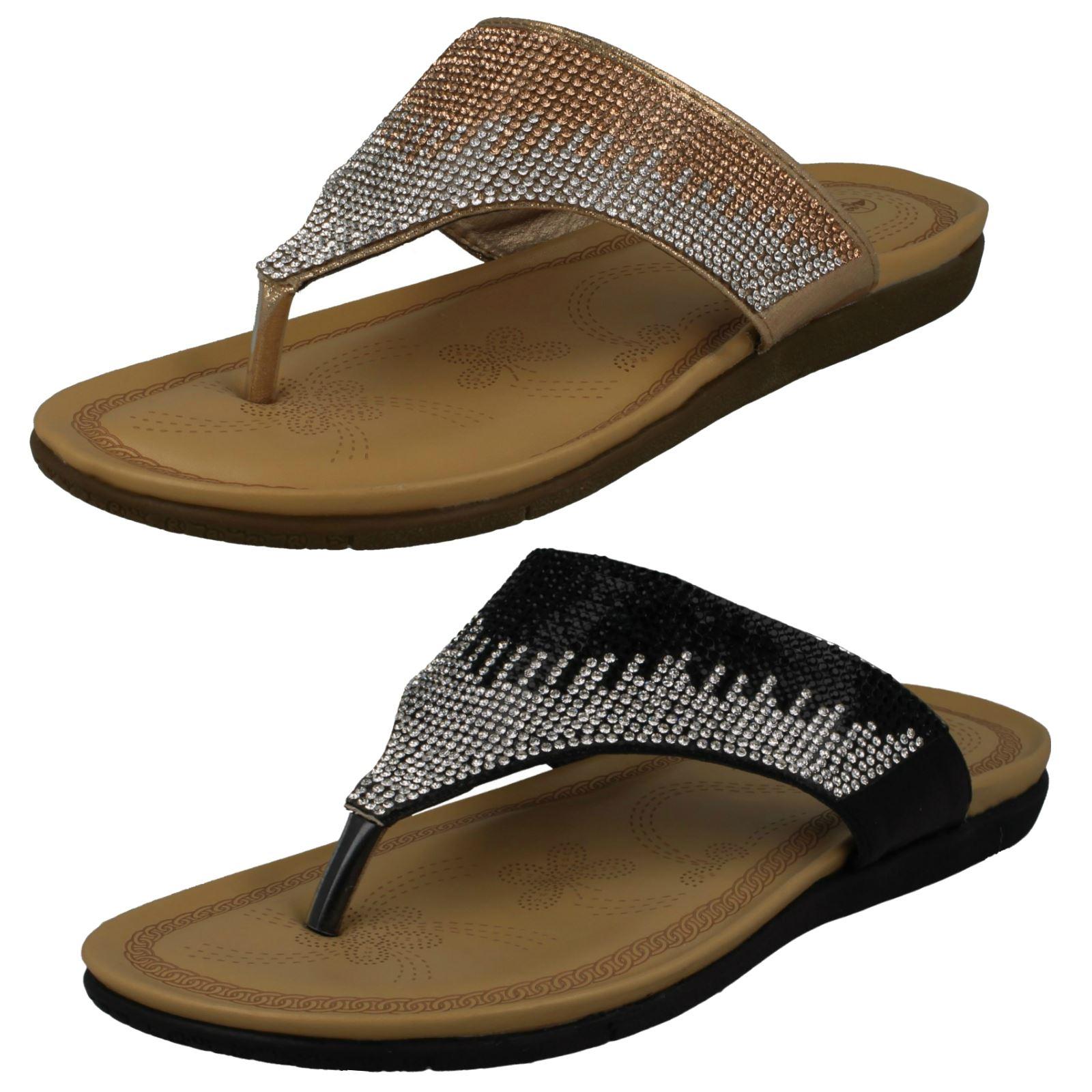 Ladies Savannah Toepost Sandals With Diamante Detail