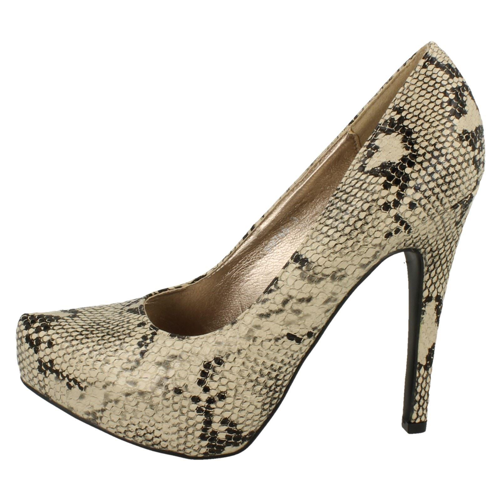 Damas Spot On High Heel Platform Court Shoes