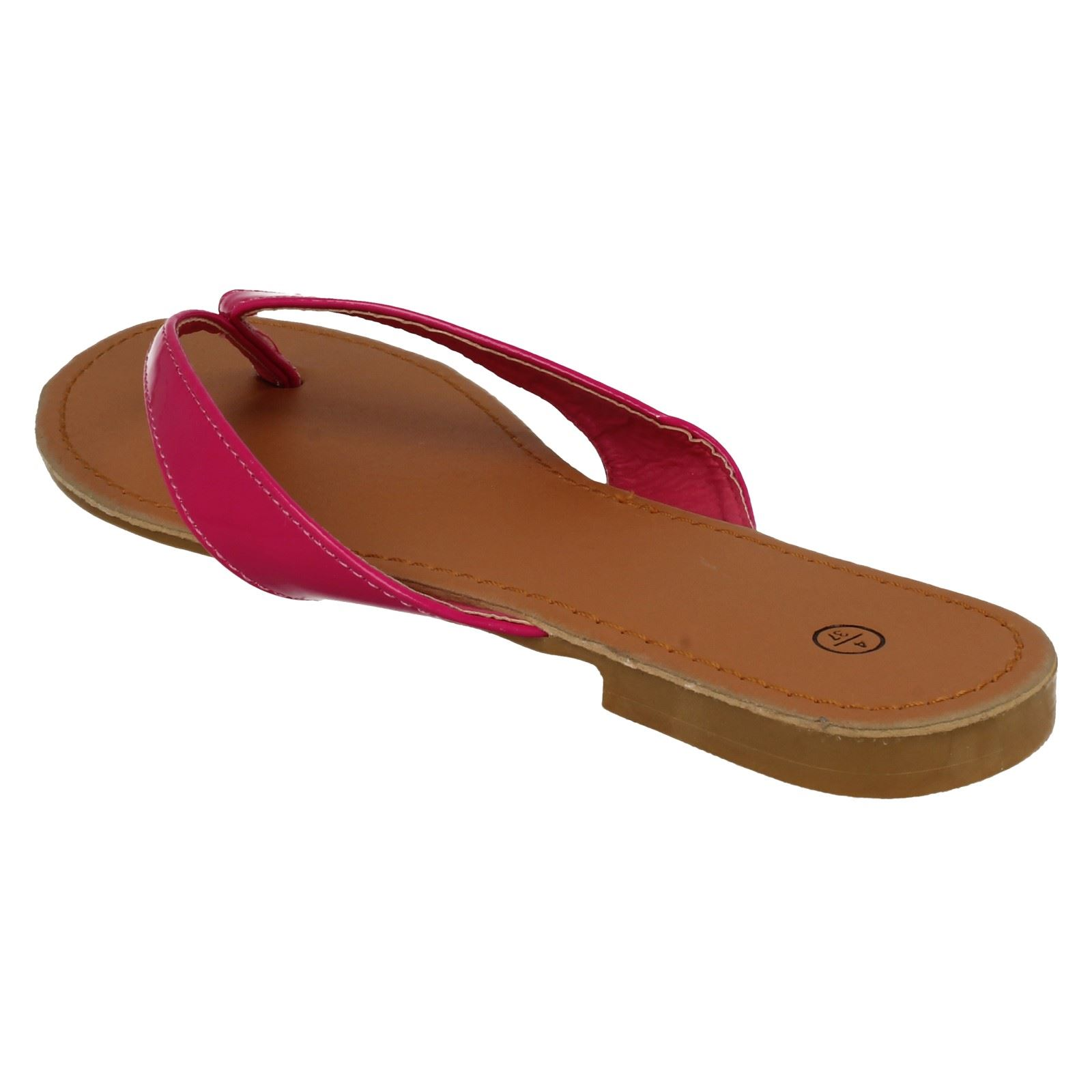 Damas Spot on Toe Post Sandalias F0595