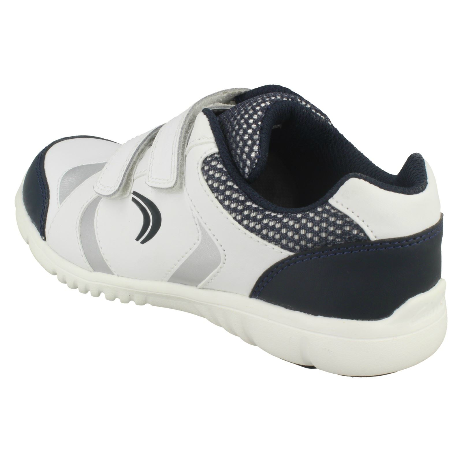 Boys Clarks Leather Sports Trainers /'Free Club/'