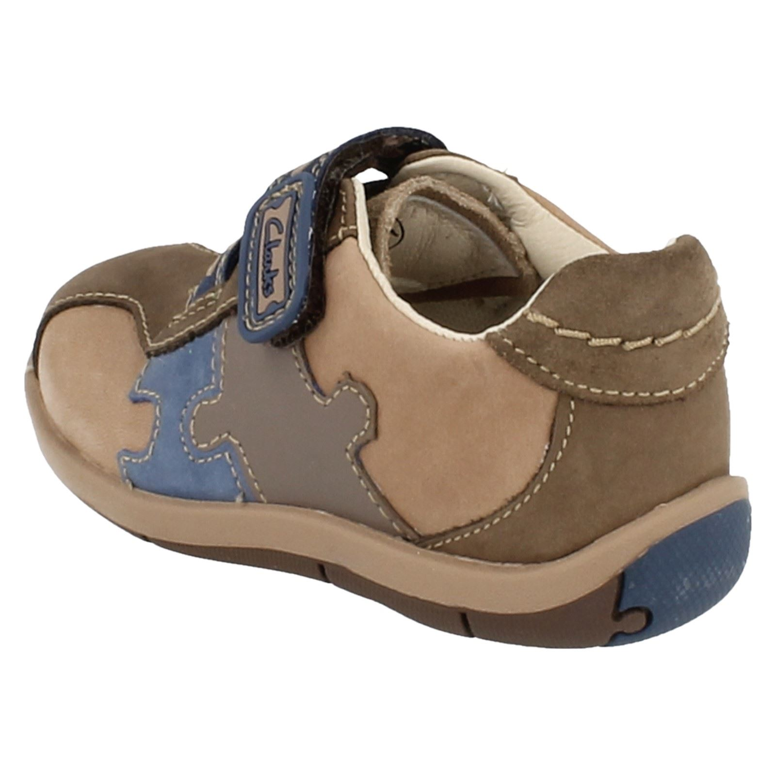 20b3d71eecee4 Boys Clarks First Shoes - Plane Puzzle | eBay