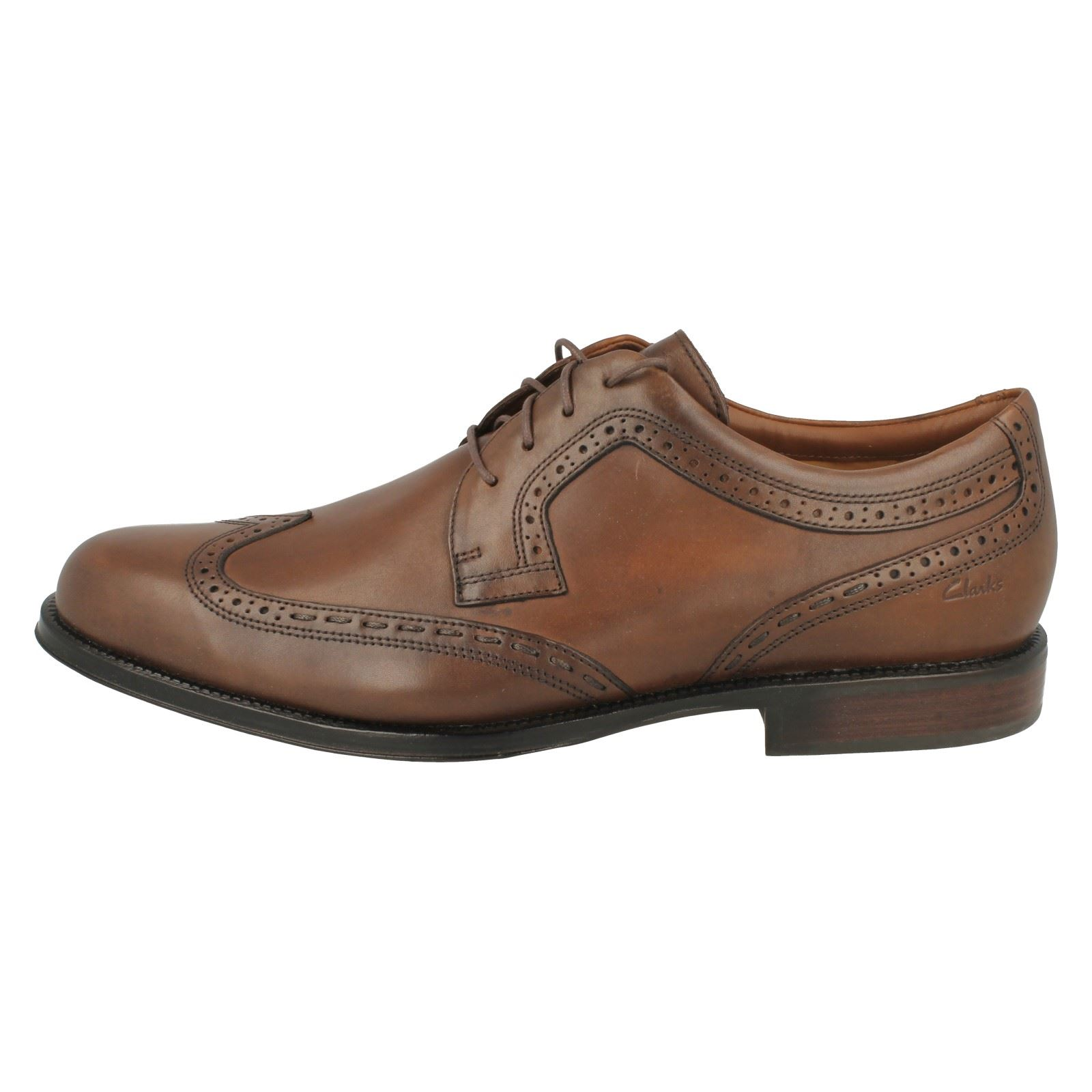Brown Shoes Dino Brogue Formal Hombres Club Clarks TwRFgF