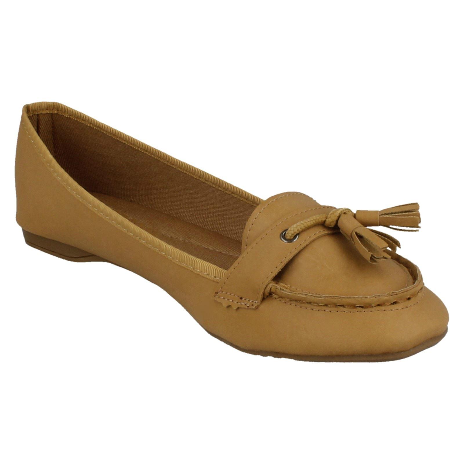 Spot on Damas Zapatos Planos Tassle Trim