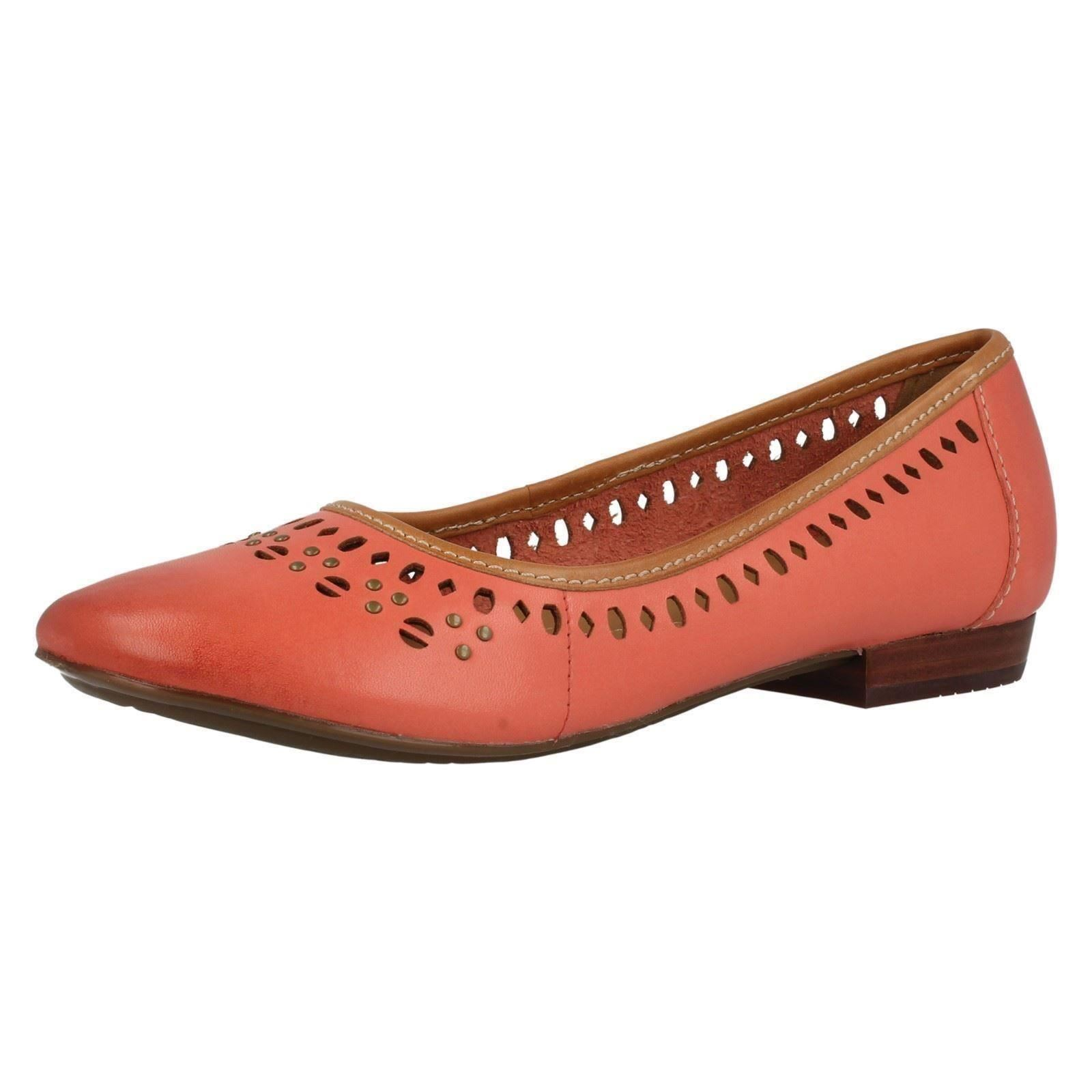 Free shipping on women's ballet flats at coolvloadx4.ga Shop ballet flats for women from the best brands including Tory Burch, Sam Edelman, Valentino and more. Totally free shipping & returns.