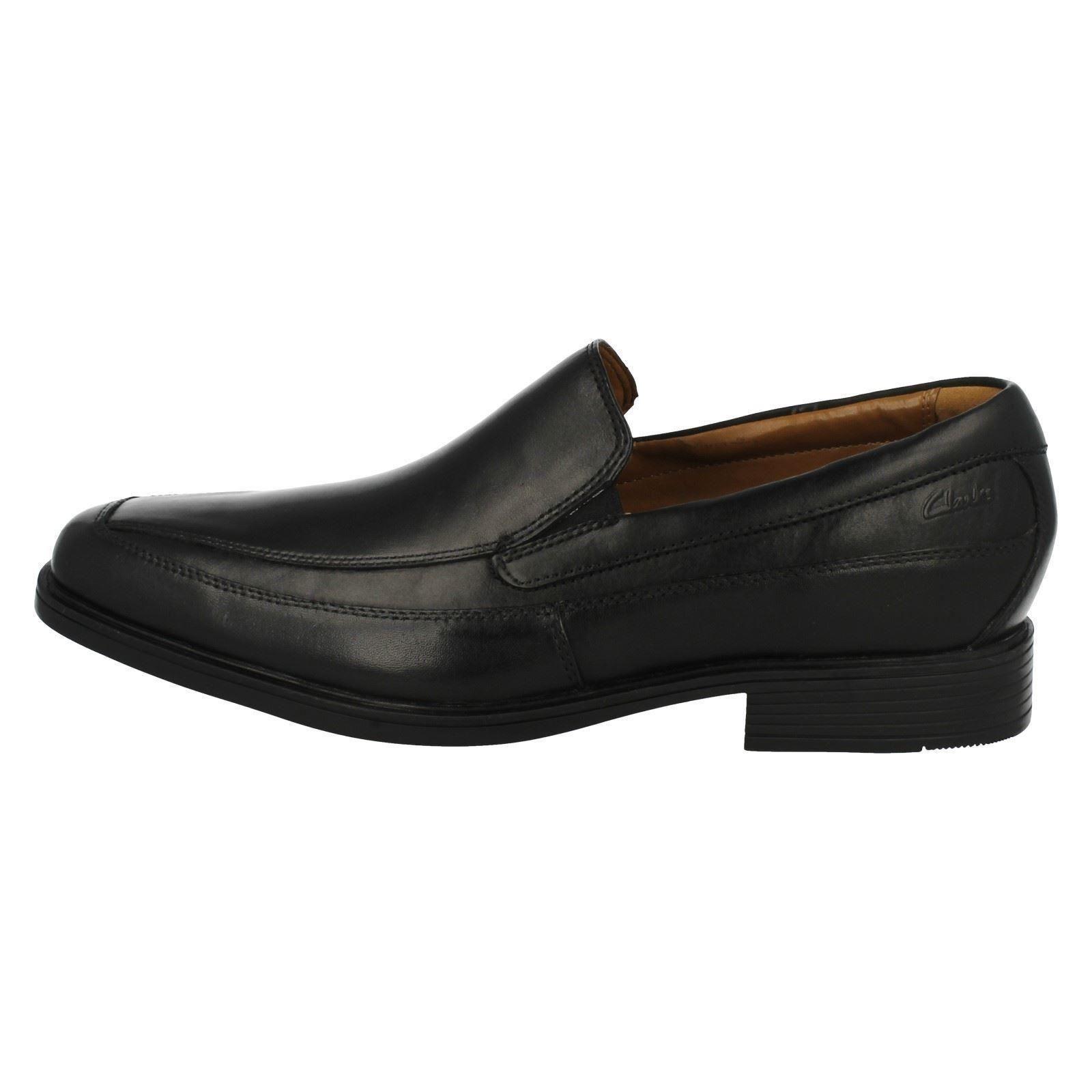 Herren Clarks Slip On Schuhes Schuhes Schuhes Tilden Free 8ddfe1