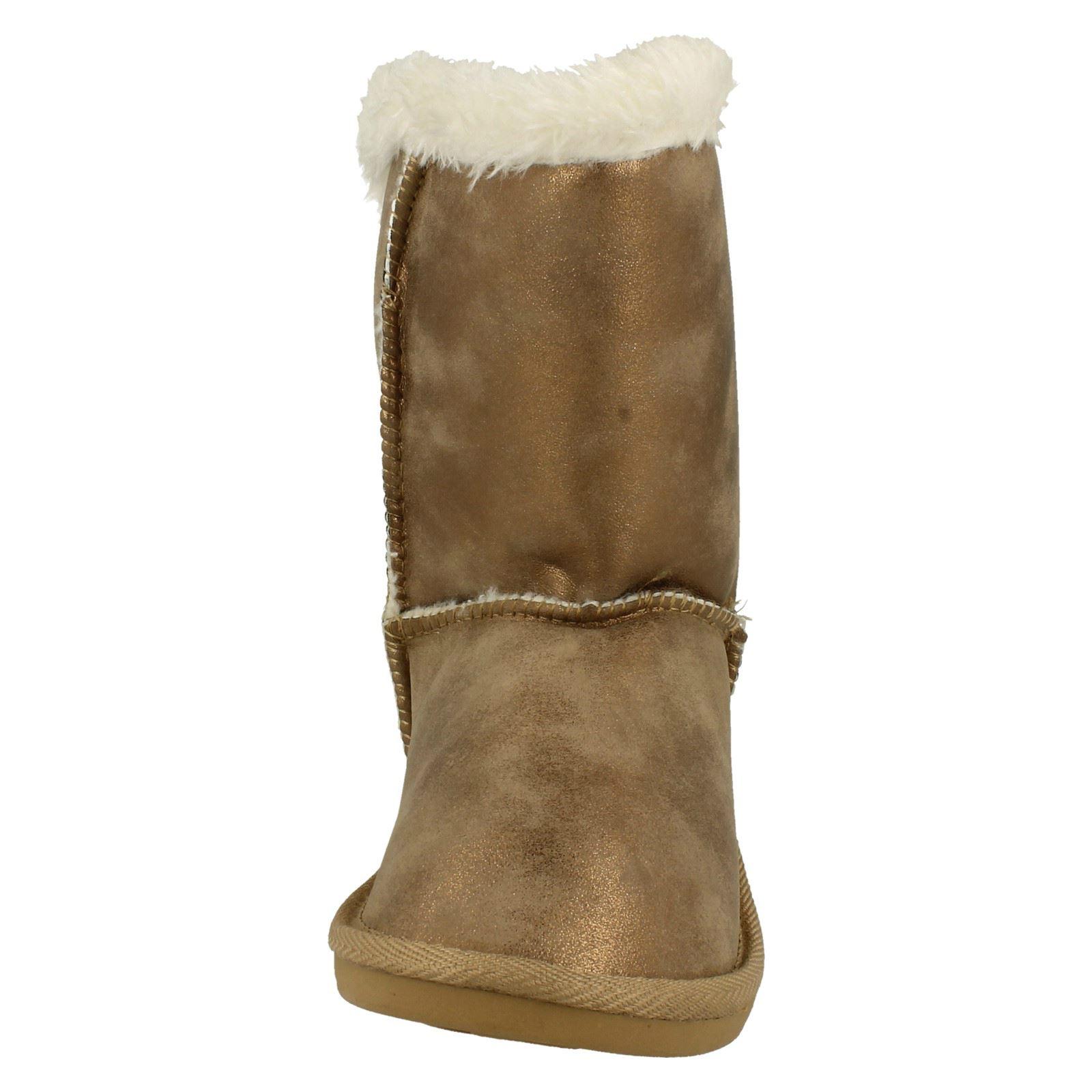 Girls Spot On Button Detail Faux Fur Lined Textile Winter Boots H4101