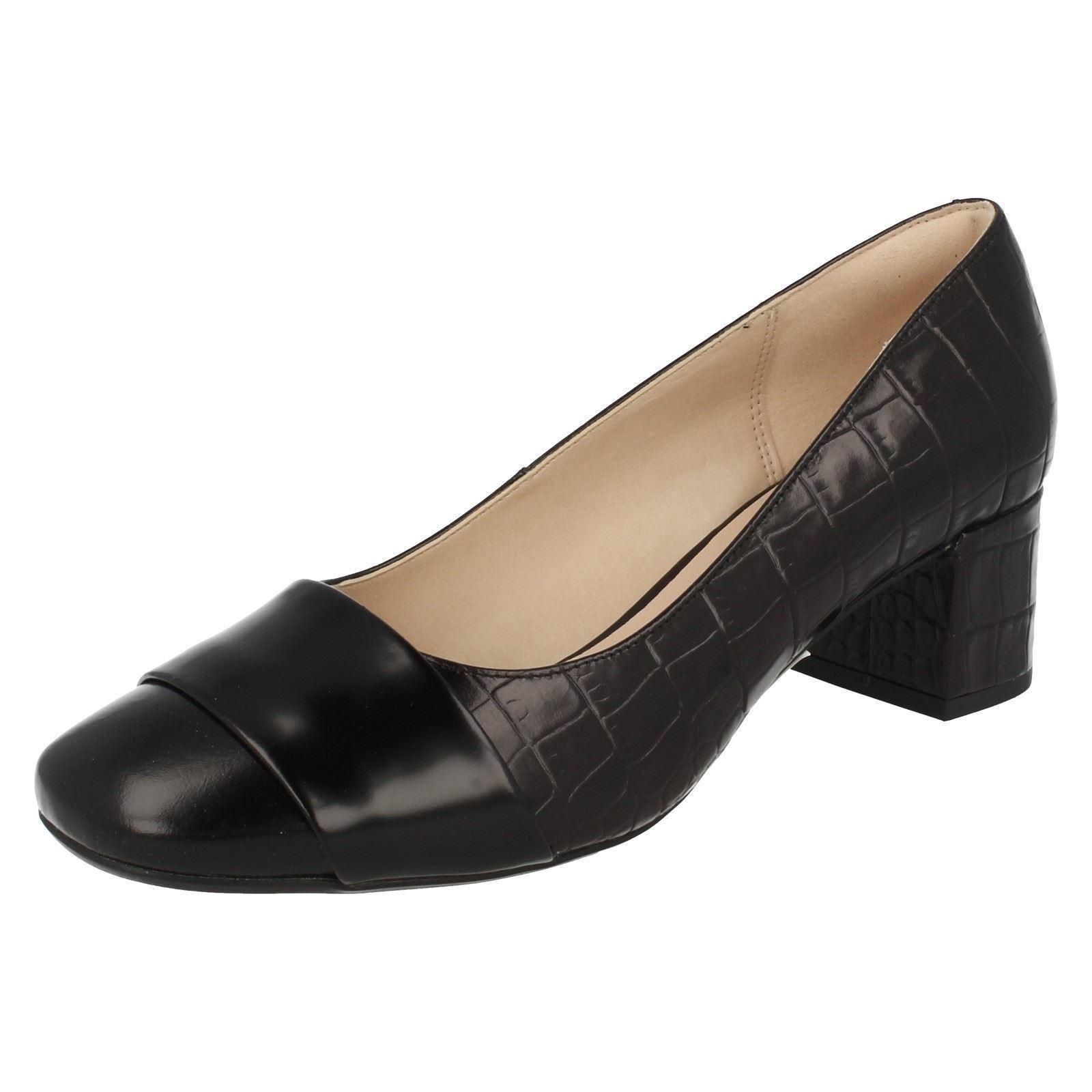 Ladies Clarks Chinaberry Chinaberry Chinaberry Sky Smart Court Shoes d8fed1