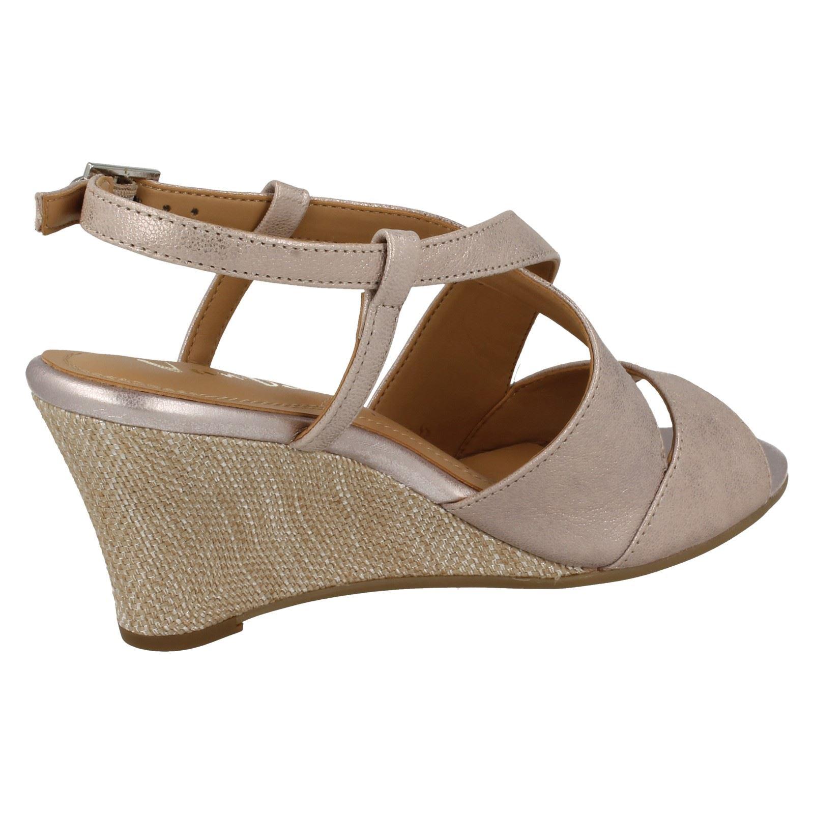 Ladies-Van-Dal-Cross-Strap-Wedged-Sandal-Allora thumbnail 10