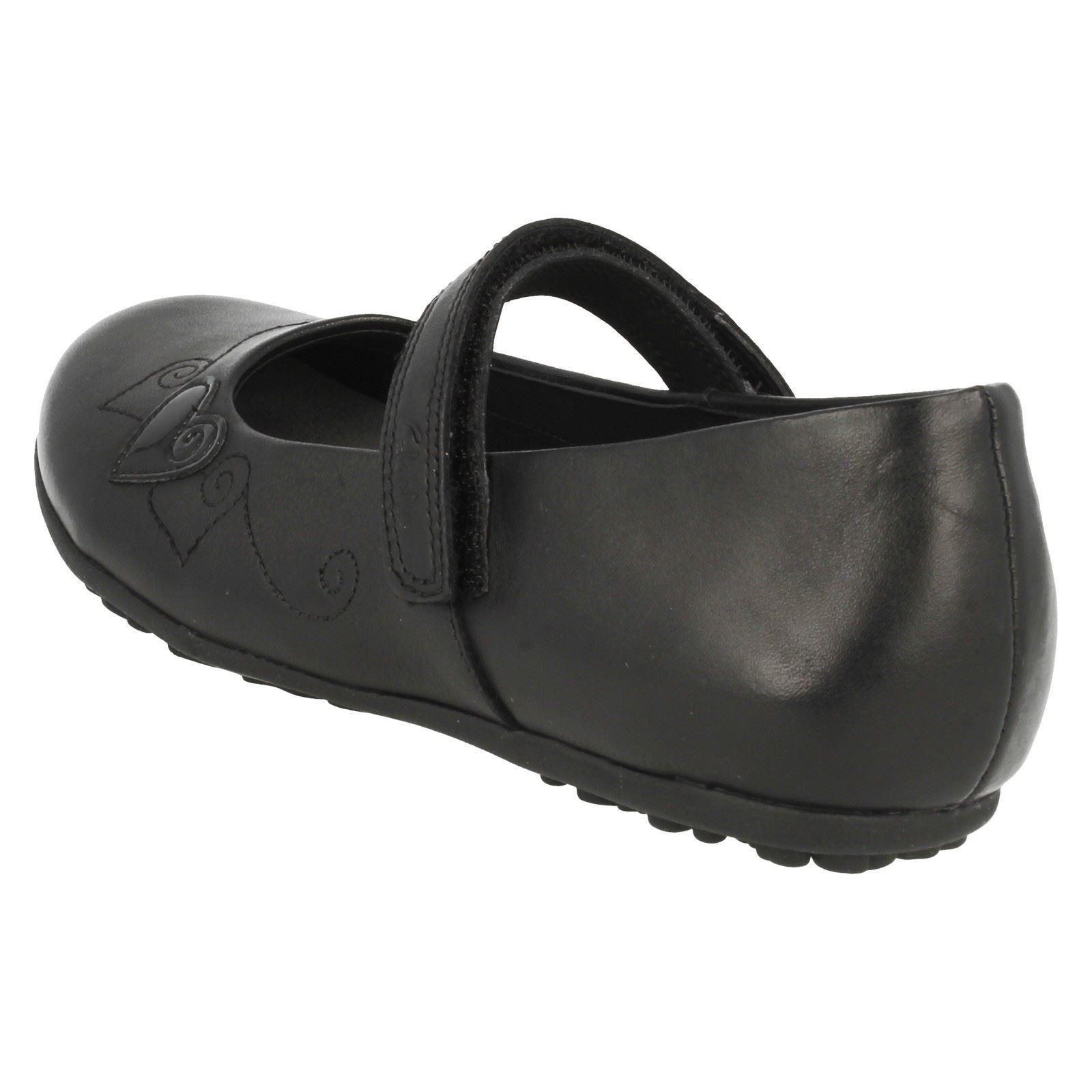 Casual con cuero Clarks Laina Black de redondeada punta Niñas lazo y zapatos Berry gancho con axqZRwnp