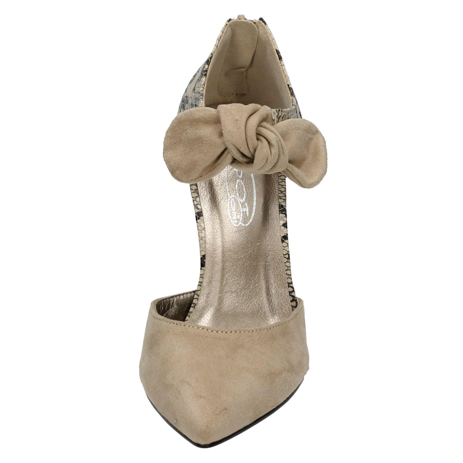 Mujeres Punto en detalle de moño Court Shoe F9746