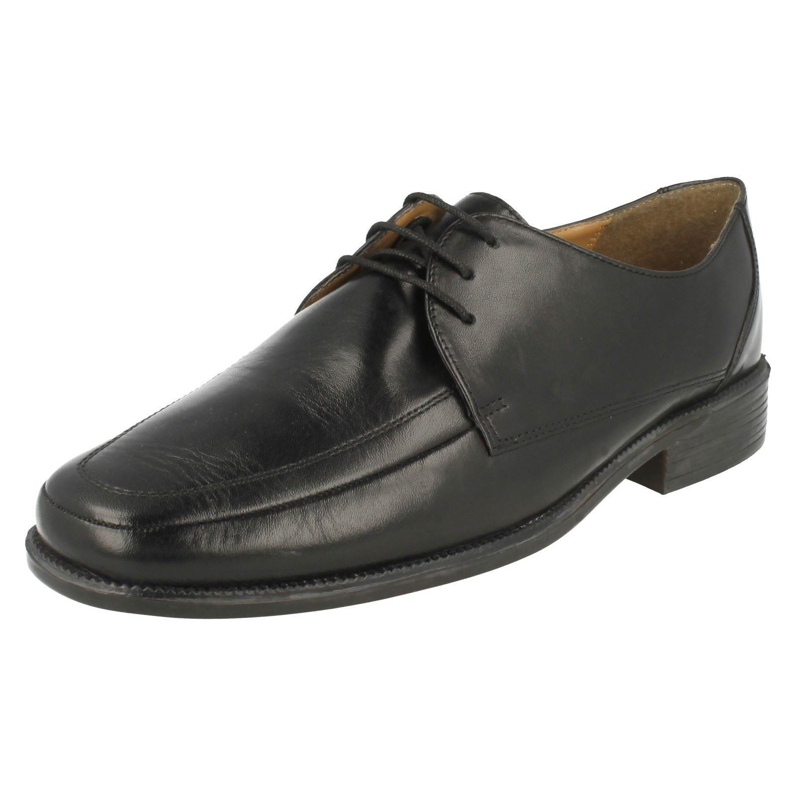 Mens Clarks Extra Wide Formal Lace Up Shoes - 'Astute Style'