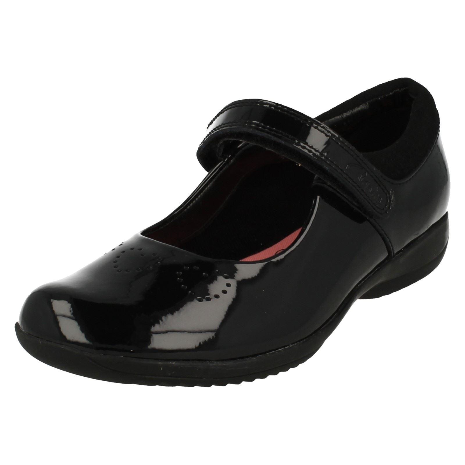 53383222e44 Image is loading 039-Girls-Clarks-039-School-Shoes-Friend-Fizz