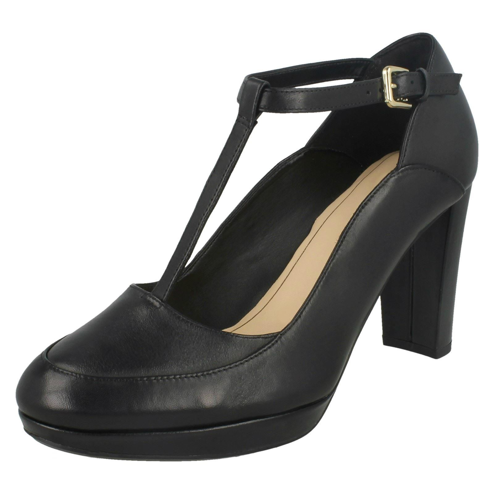 Black T Bar Shoes Mid Heel
