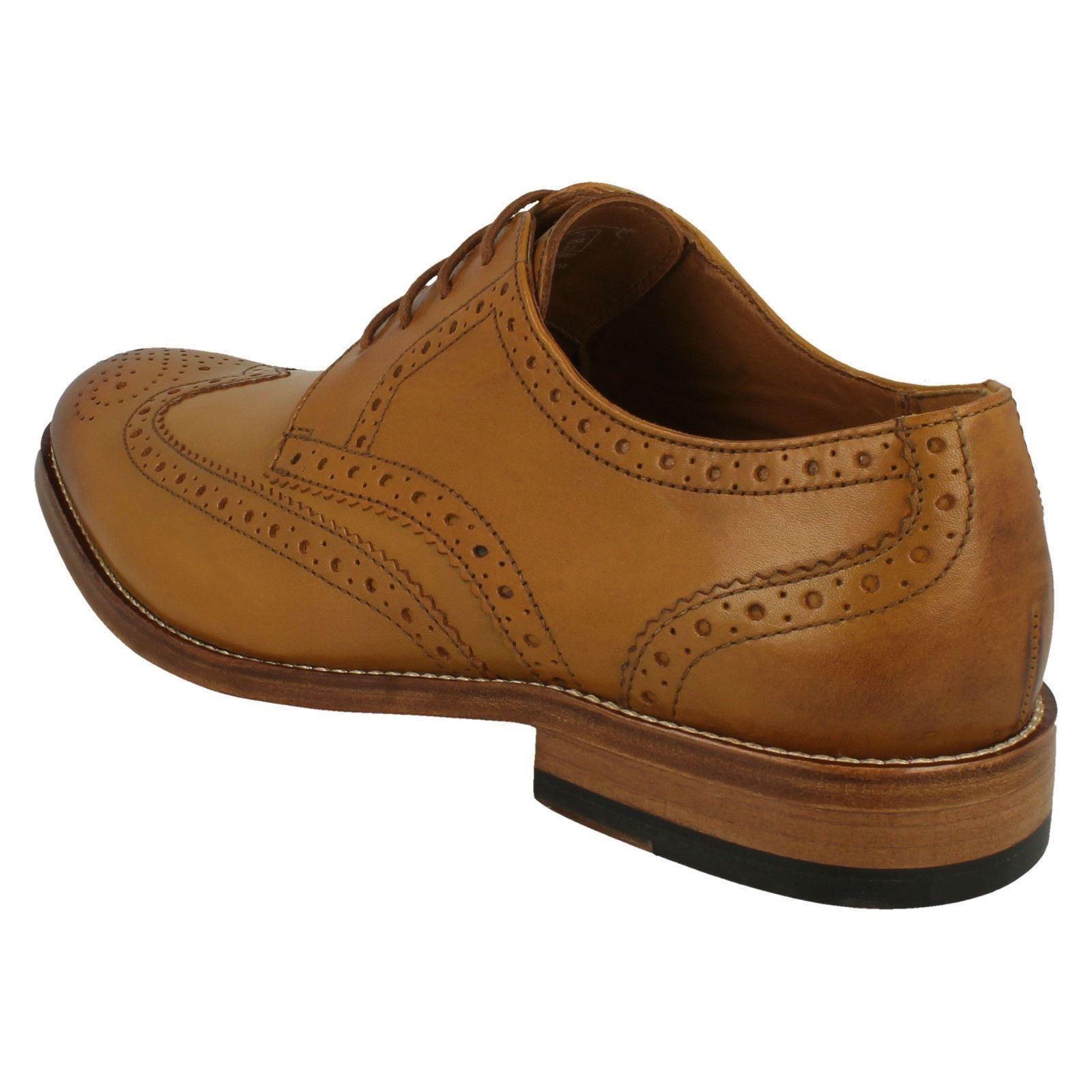 apelación Receptor Clásico  Mens Clarks Formal Brogue Detailed Shoes 'James Wing' | eBay