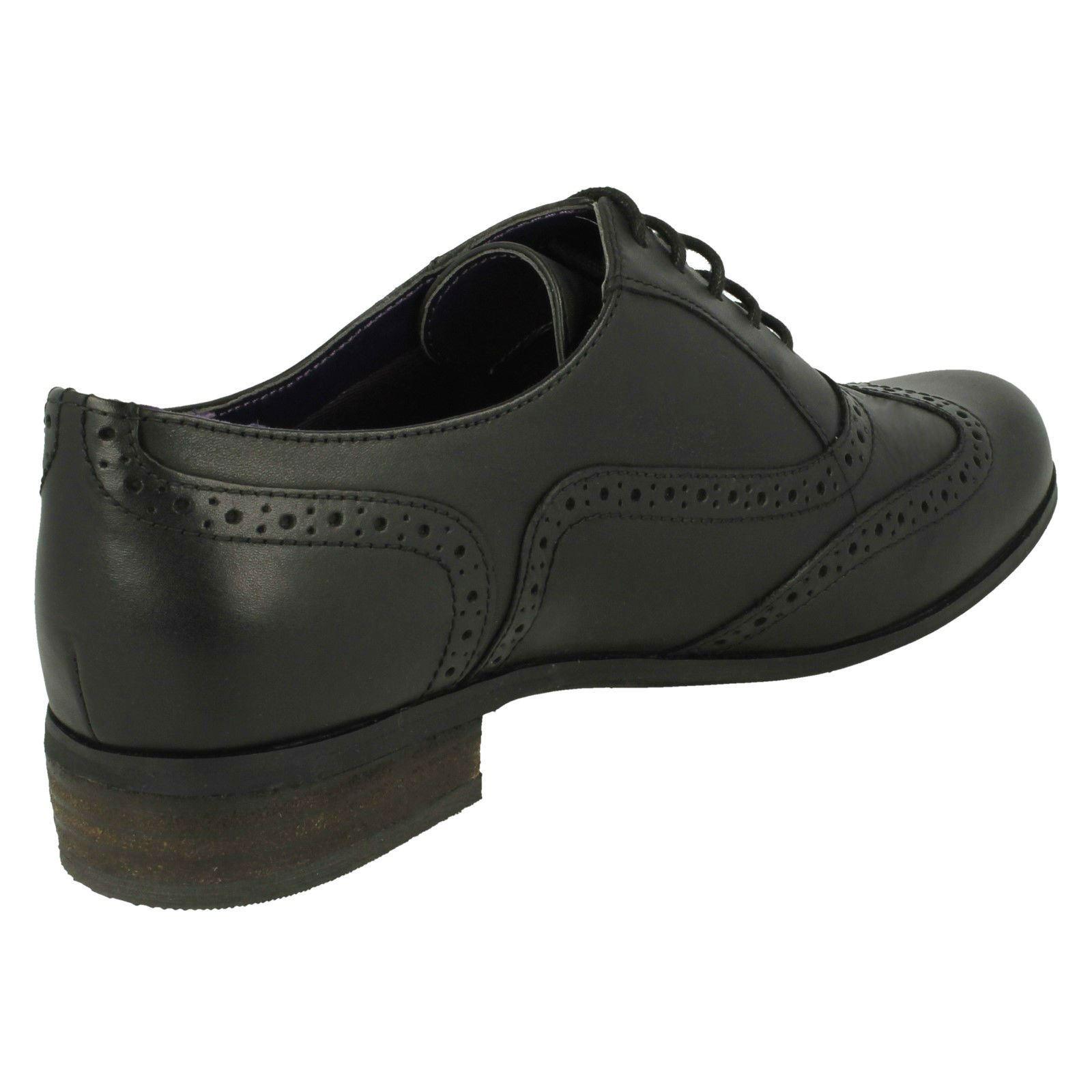 Clarks mujer estilo vintage charol zapatos oxford con cordones hamble roble ebay - Charol zapateria ...