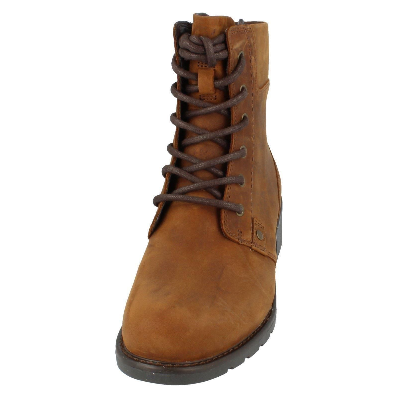 Ladies-Clarks-Casual-Lace-Up-Inside-Zip-Nubuck-Leather-Ankle-Boots-Orinoco-Spice thumbnail 27