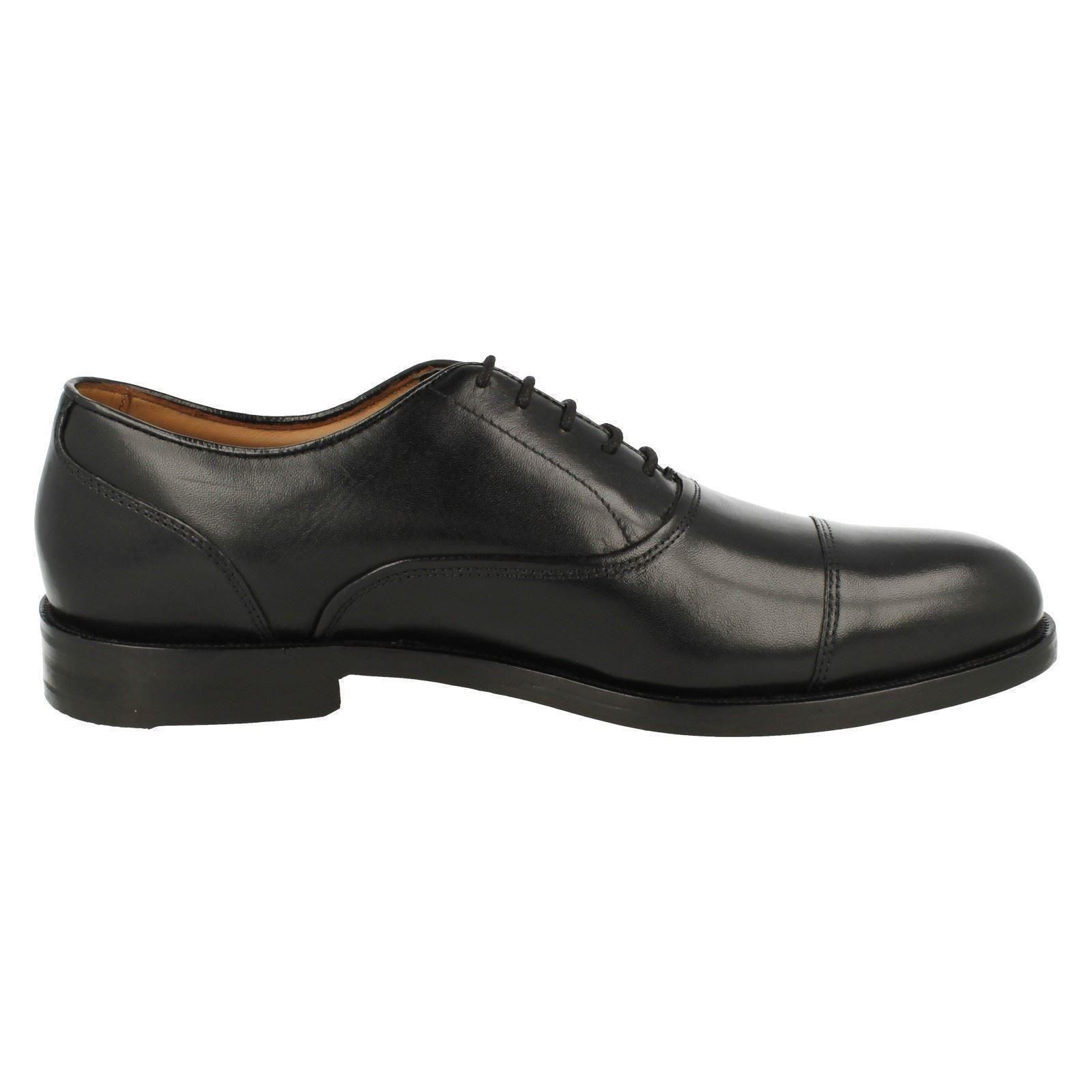 coling boss clarks