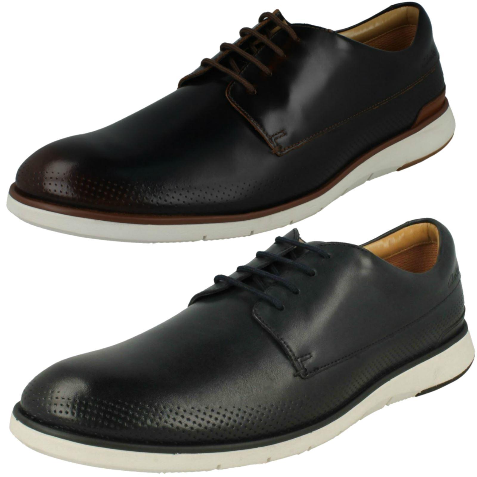 Details zu Mens Clarks Helston Walk Lace Up Shoes