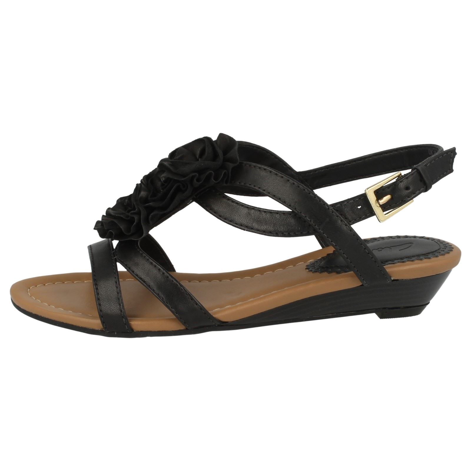 clarks leather floral detail sandals with small