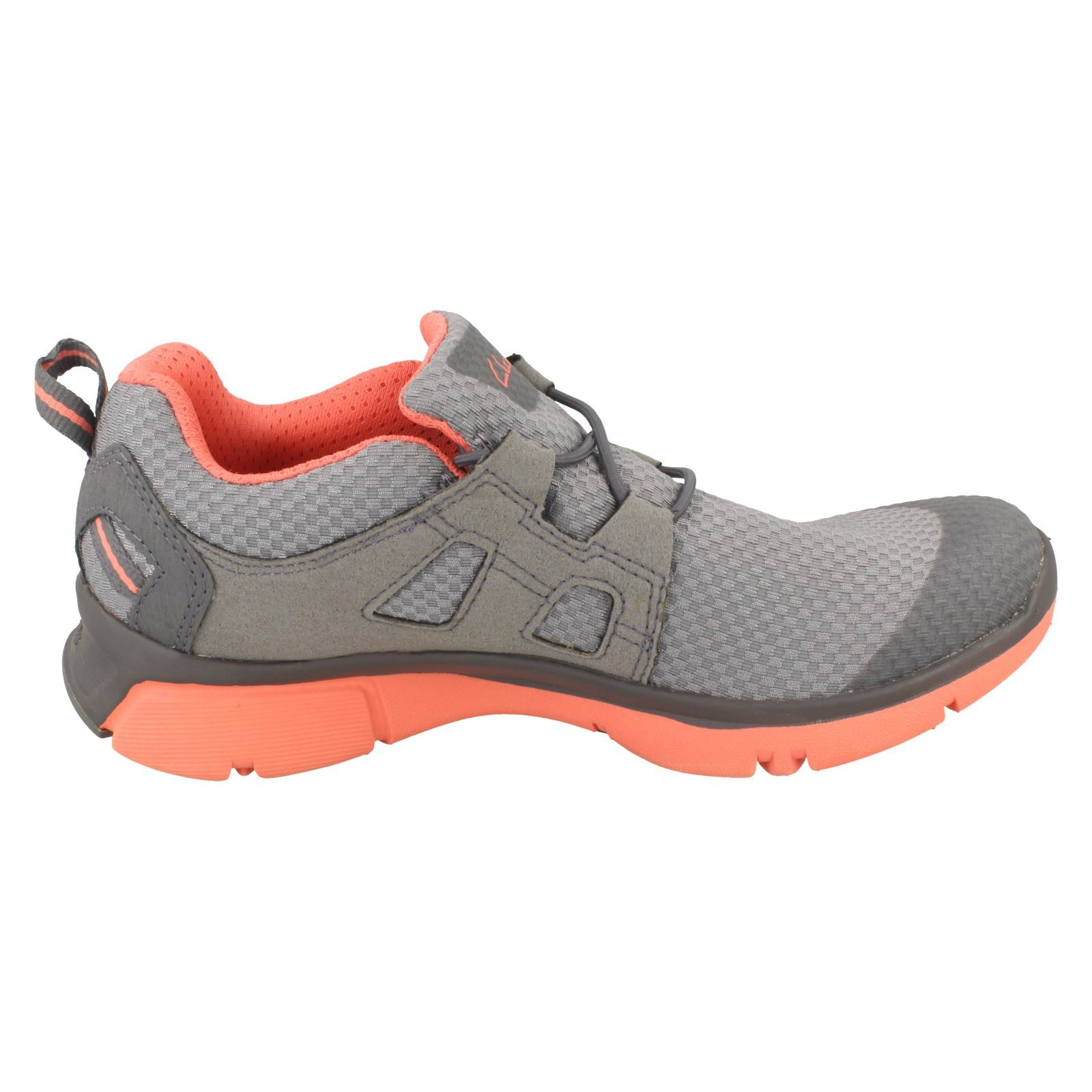 LUMINATE TRACE LADIES CLARKS BLACK GREY ACTIVE WEAR LACE UP SPORTS TRAINERS
