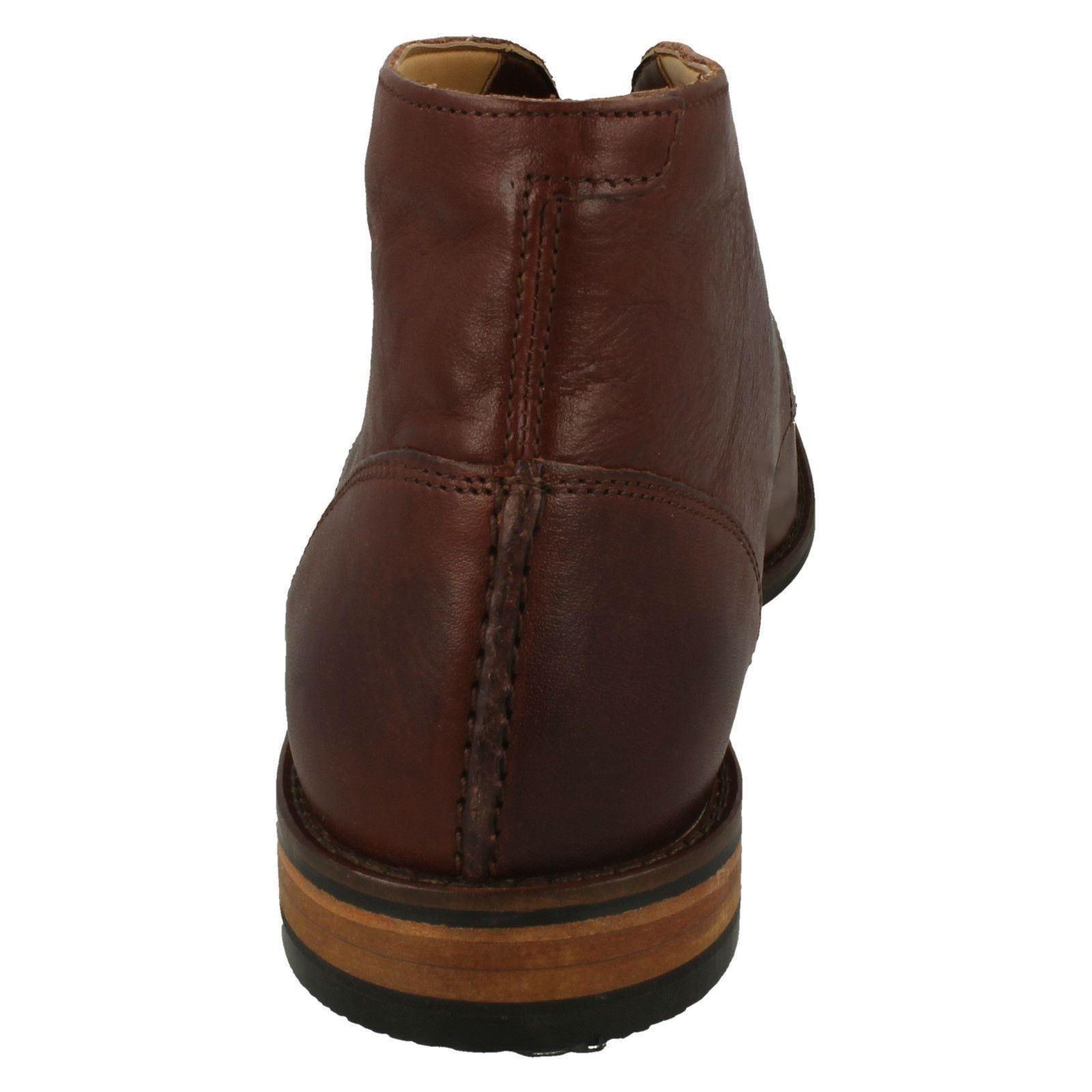 con con y cuero Flow redondeada British Botas Top cordones de Clarks para Tan brown punta cordones con hombre fv5qw5PxE