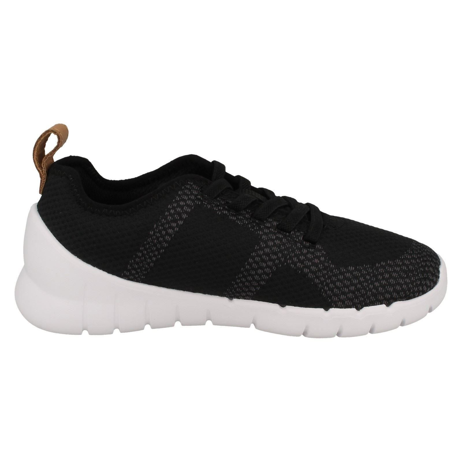 82038652b420 Childrens-Boys-Girls-Clarks-Trainers-Sprint-Flux thumbnail 7