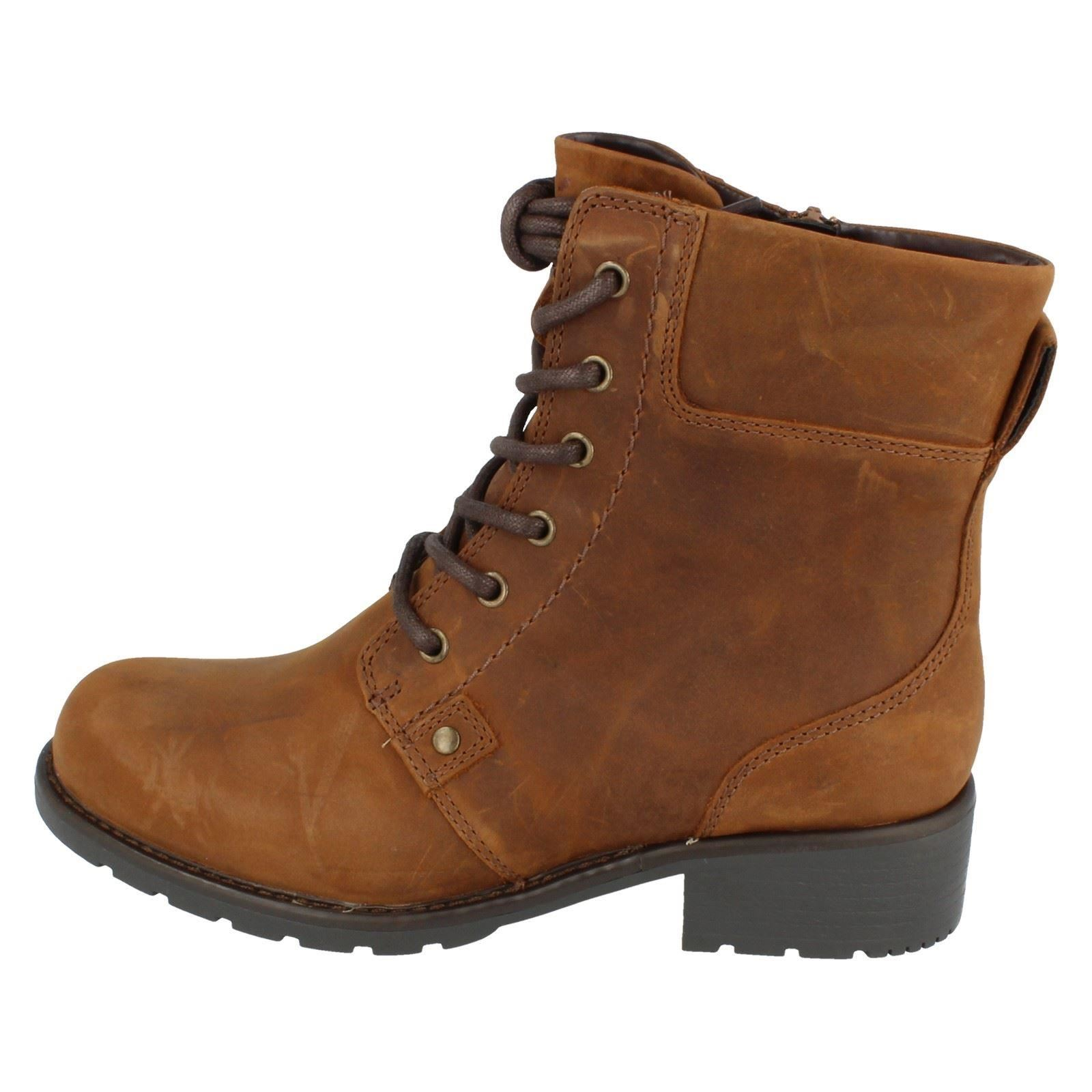 Ladies-Clarks-Casual-Lace-Up-Inside-Zip-Nubuck-Leather-Ankle-Boots-Orinoco-Spice thumbnail 12