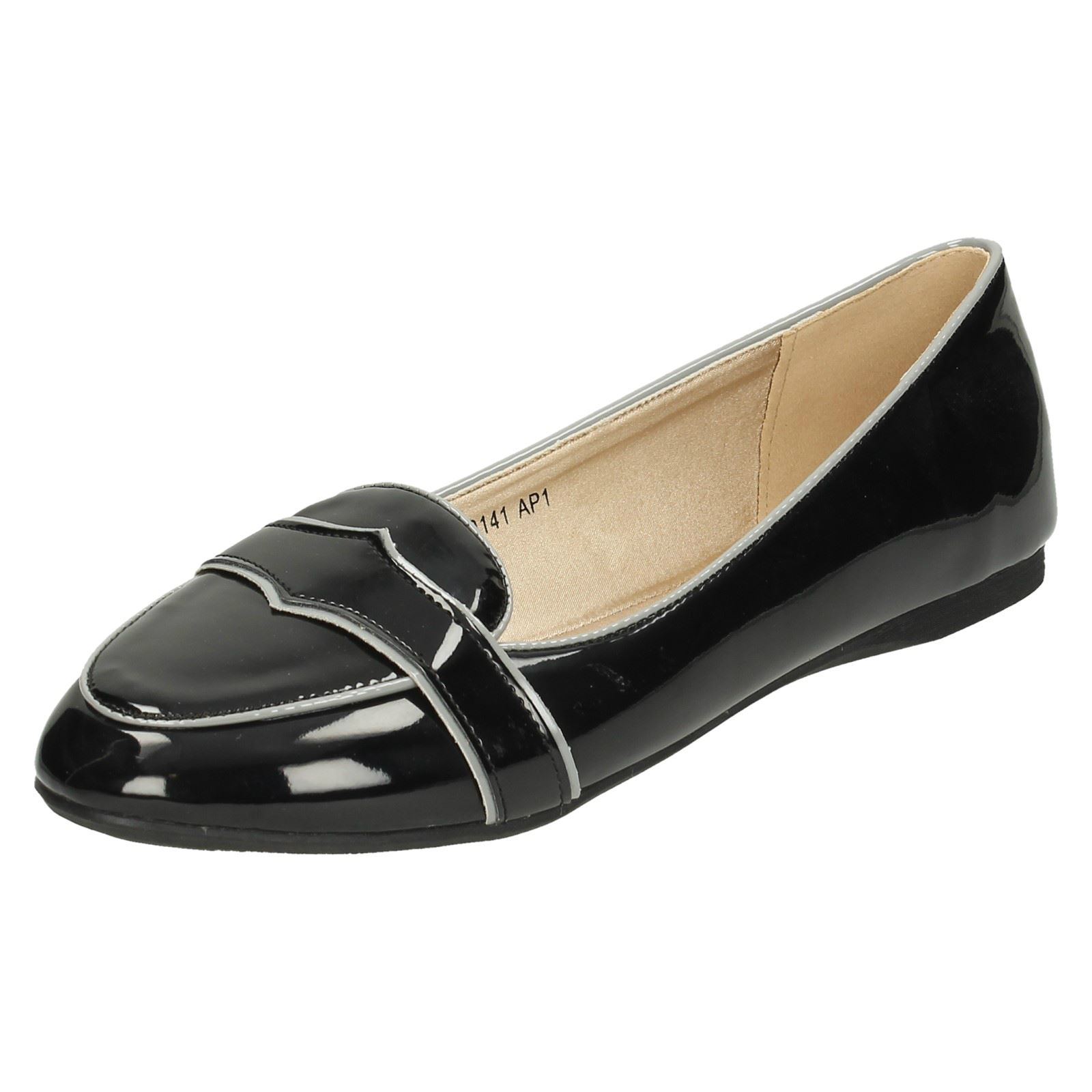 Ladies Spot On Patent Flat /'Casual Shoes/'
