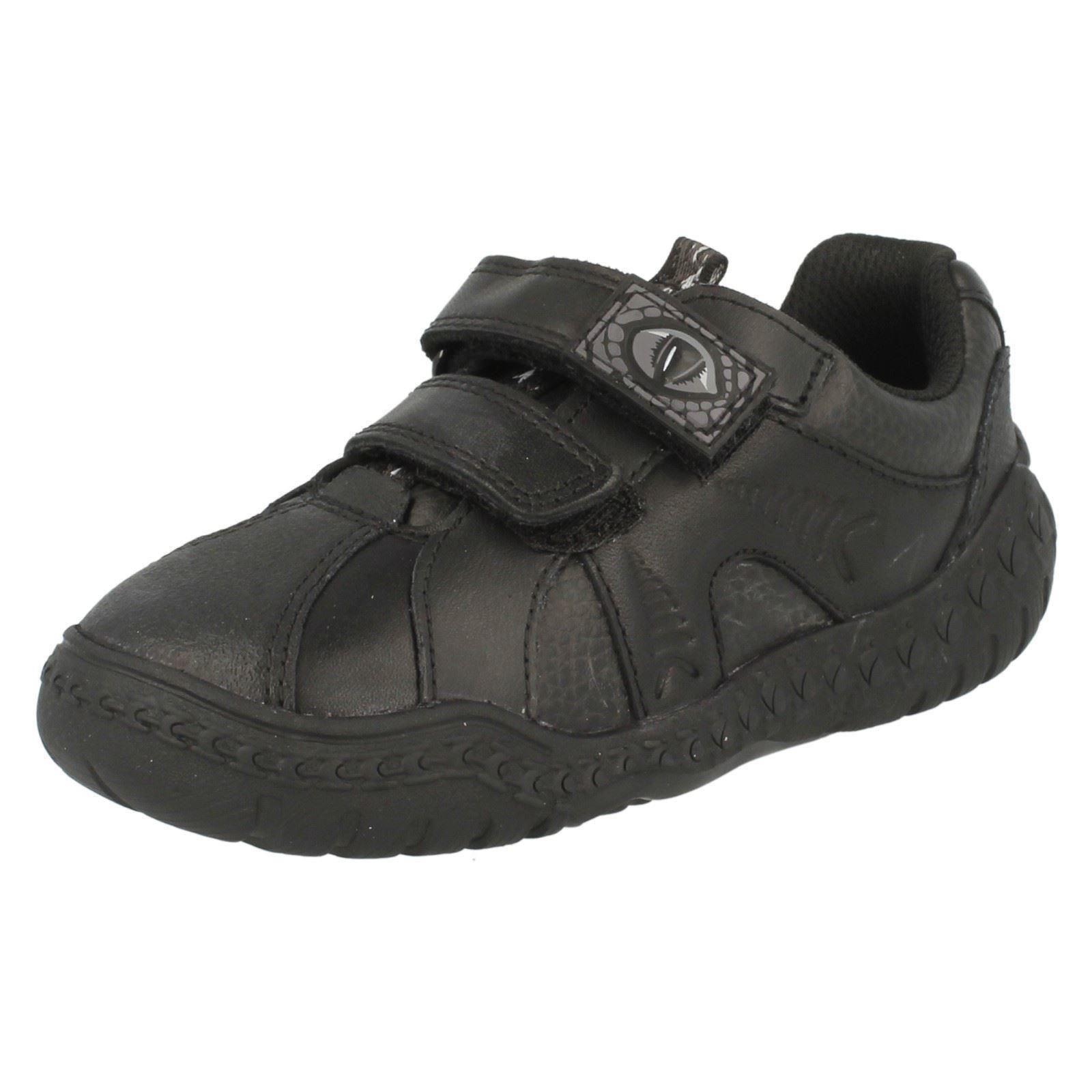 boys school shoes Clarks Stomp Roar Junior black size 2 H STOMPO leather