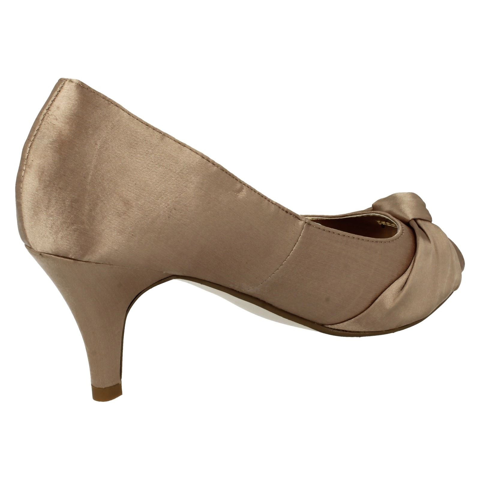Anne-Michelle-Ladies-Knot-Detail-Peep-Toe-Court-Shoe thumbnail 33