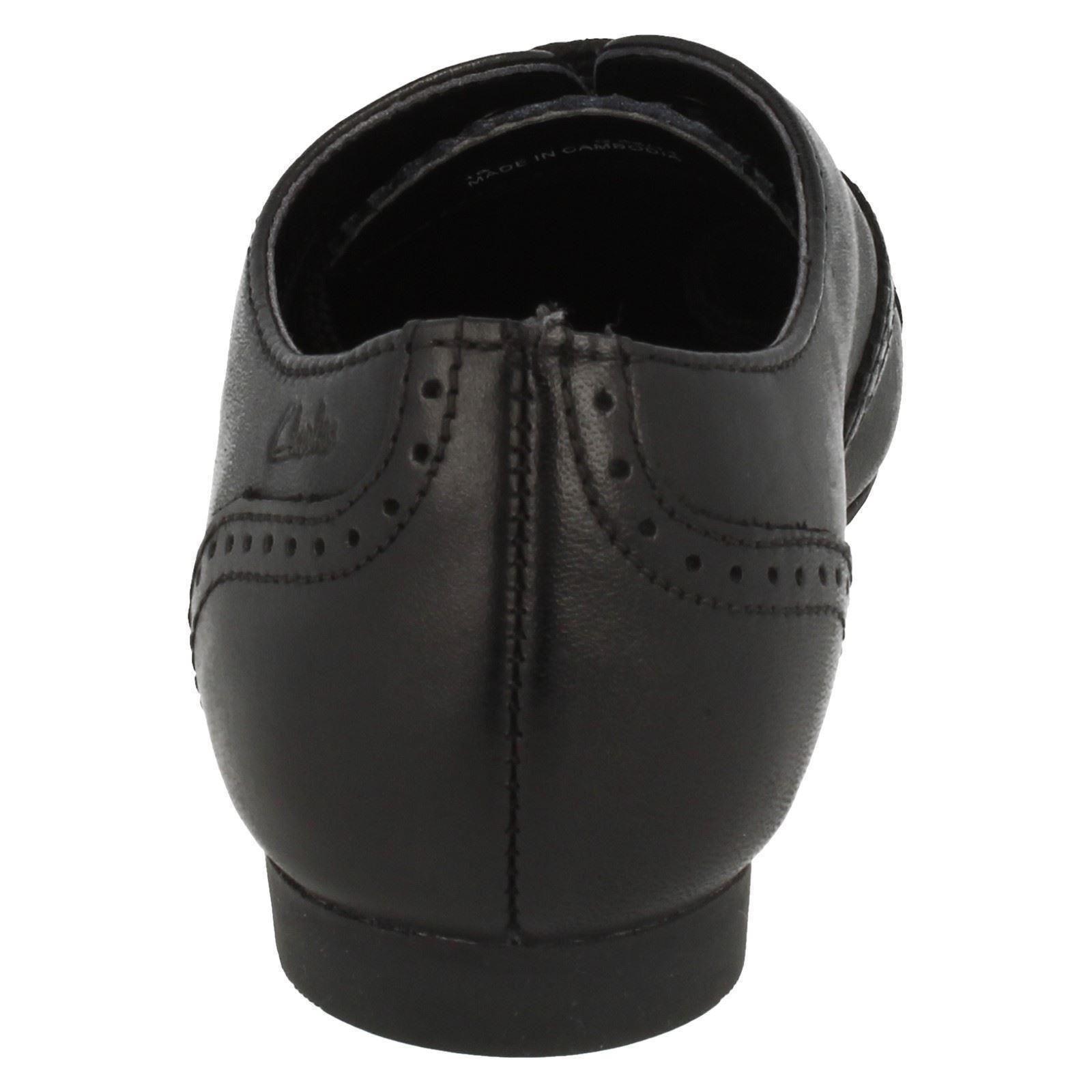 Clarks Girls Smart School Shoe Erica Lace