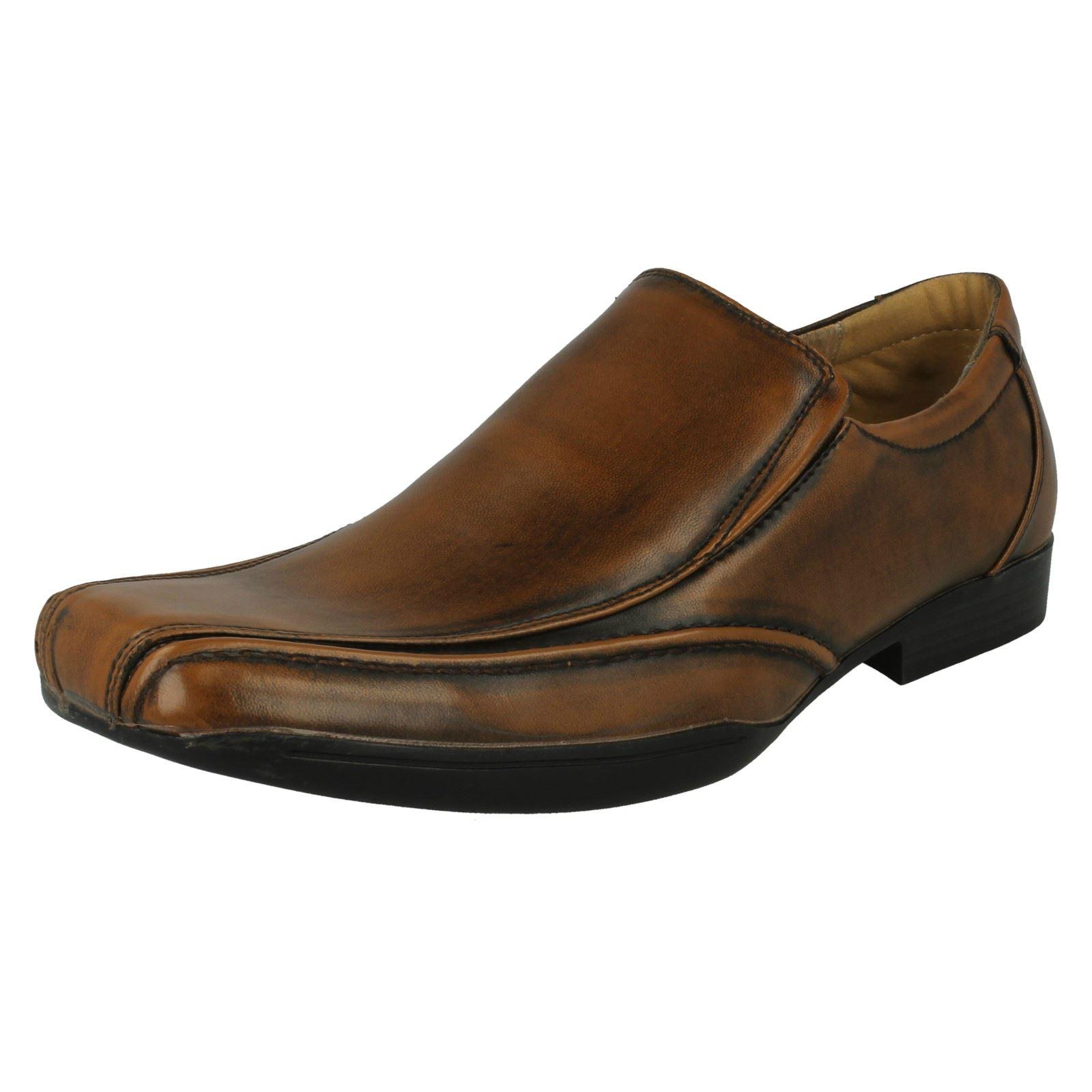 Maverick Mens Formal Slip-Ons