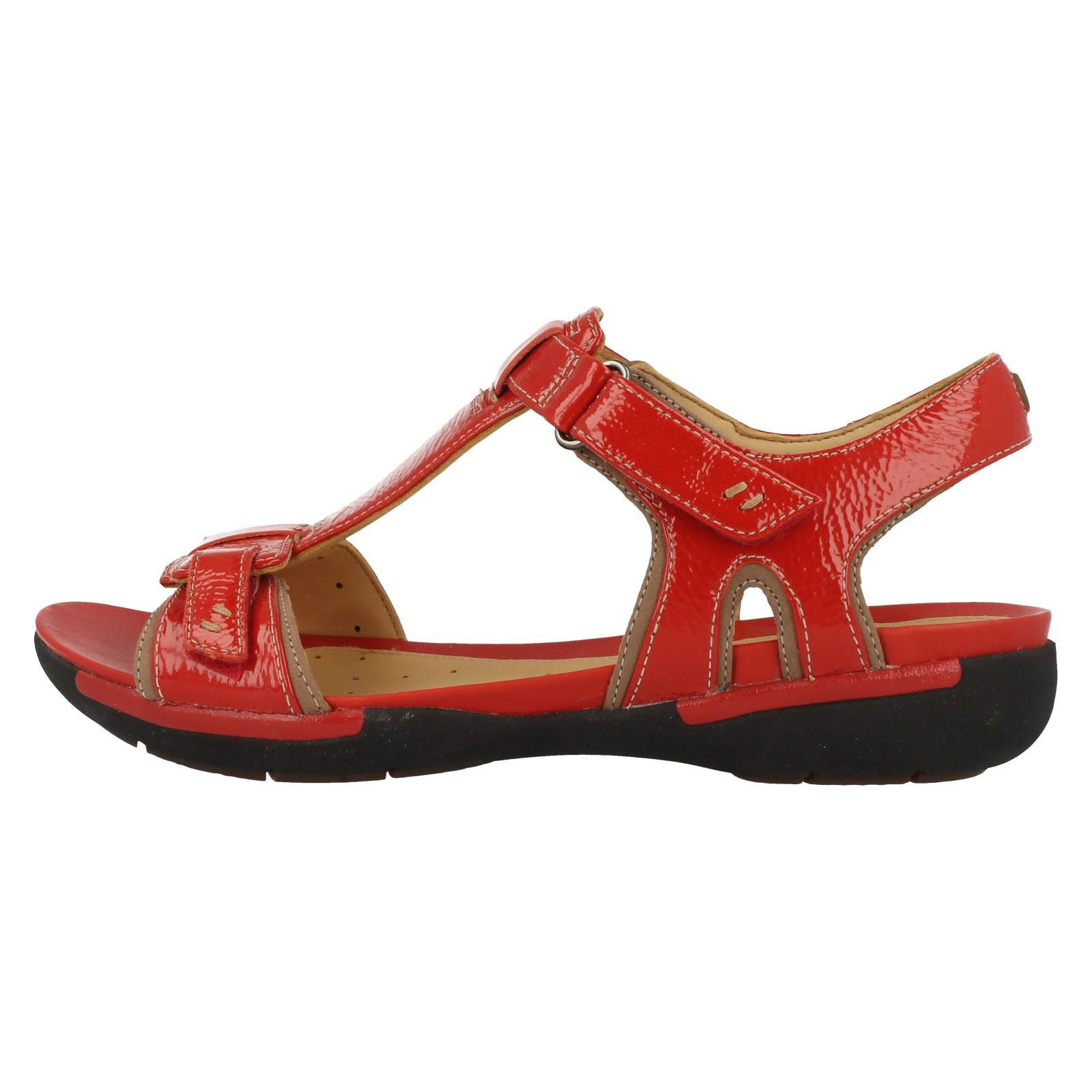 clarks sandals red