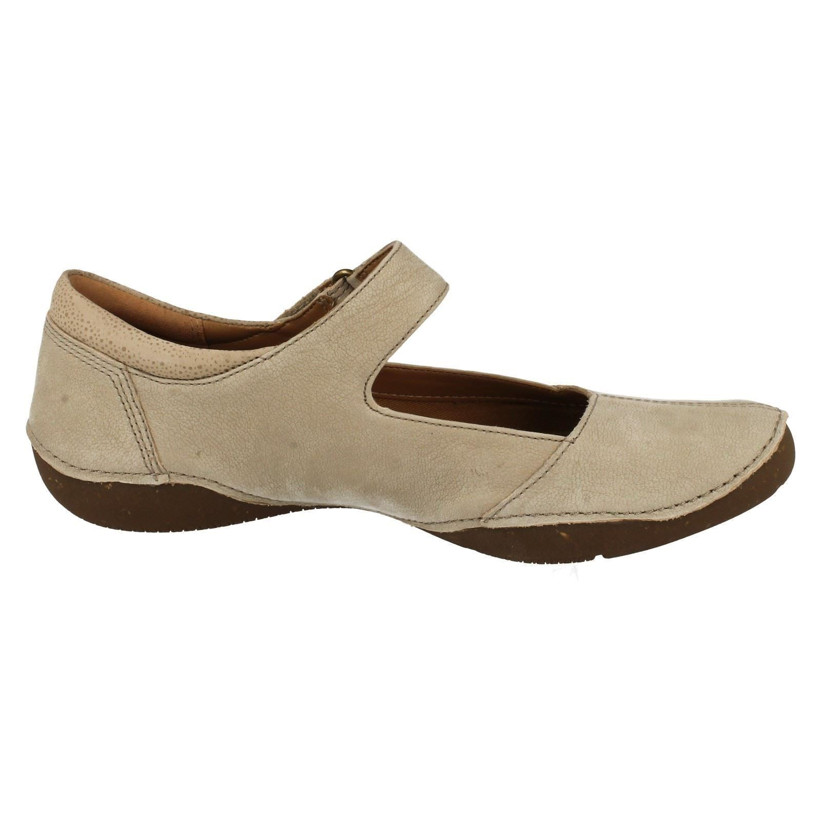 Ladies Clarks Casual Flat Shoes 'Butumn Stone'