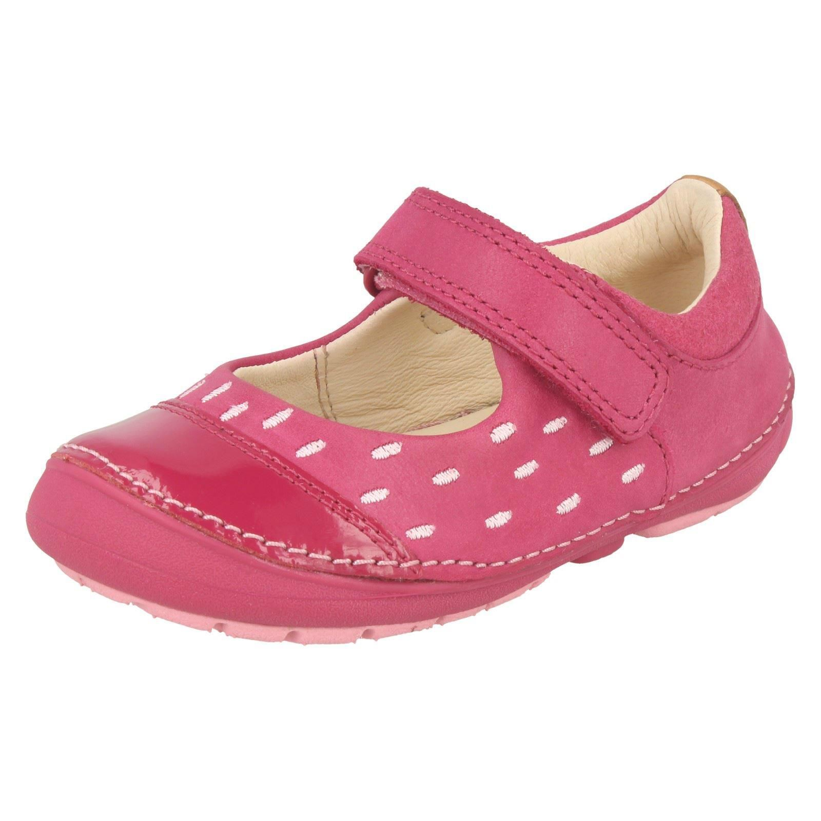 5e8f6cd2890fdb Girls Clarks Softly Lou First Walking Shoes Pink Leather Size 4 1 2 ...