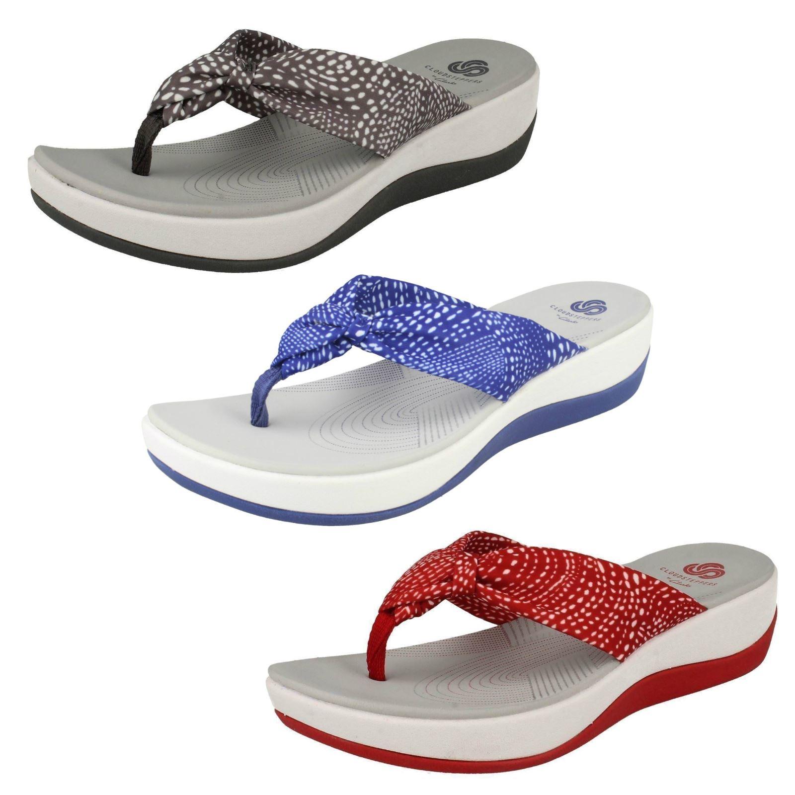 b9cbebf4dcca Ladies Clarks Cloudsteppers Toe Post Summer Sandals  Arla Glison