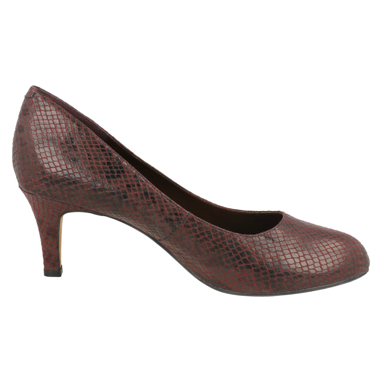 Ladies-Clarks-Slip-On-Leather-And-Patent-Classic-Court-Shoes-Arista-Abe