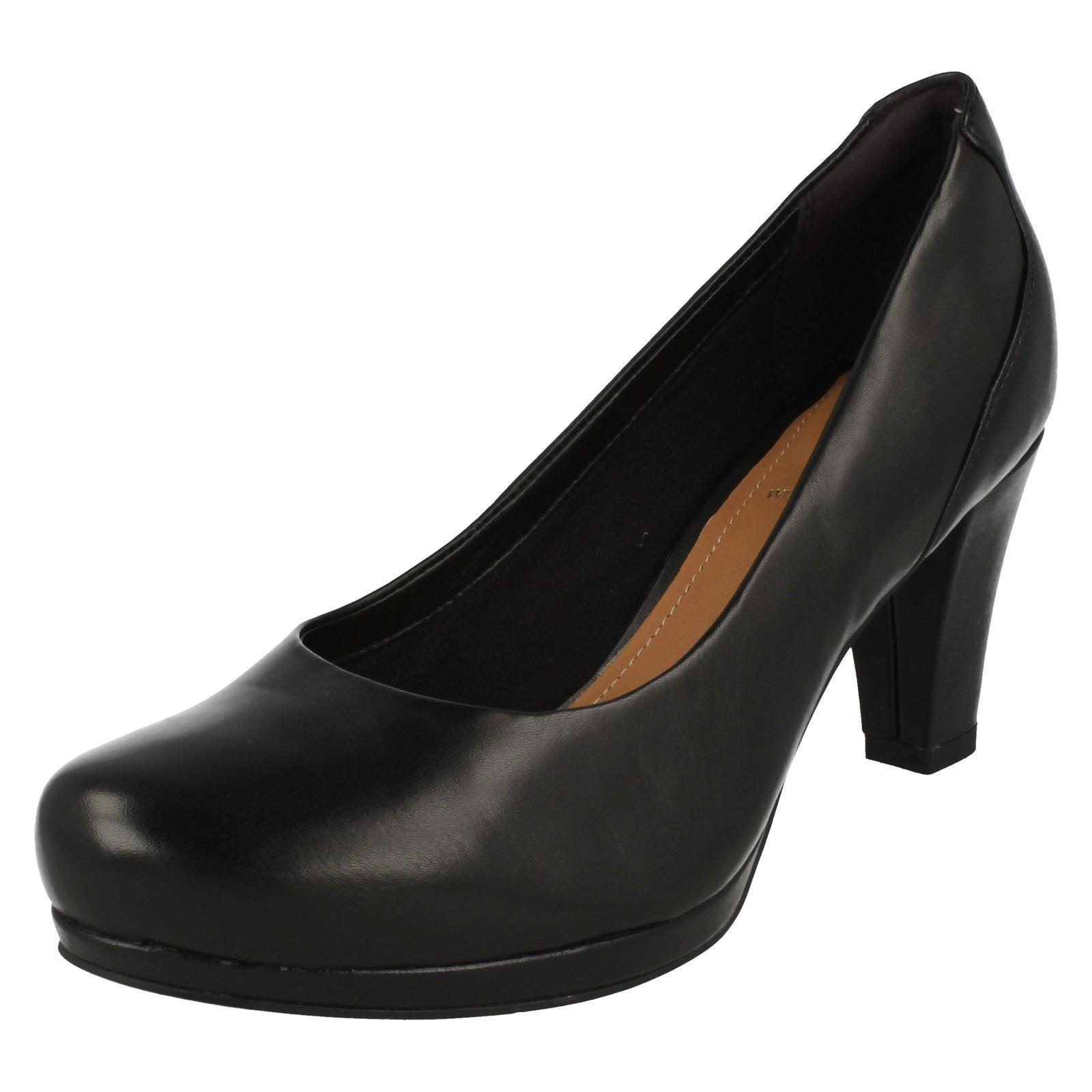 Detalles de Mujer Clarks Elegante Zapatos de Salón ' Coro Chic '