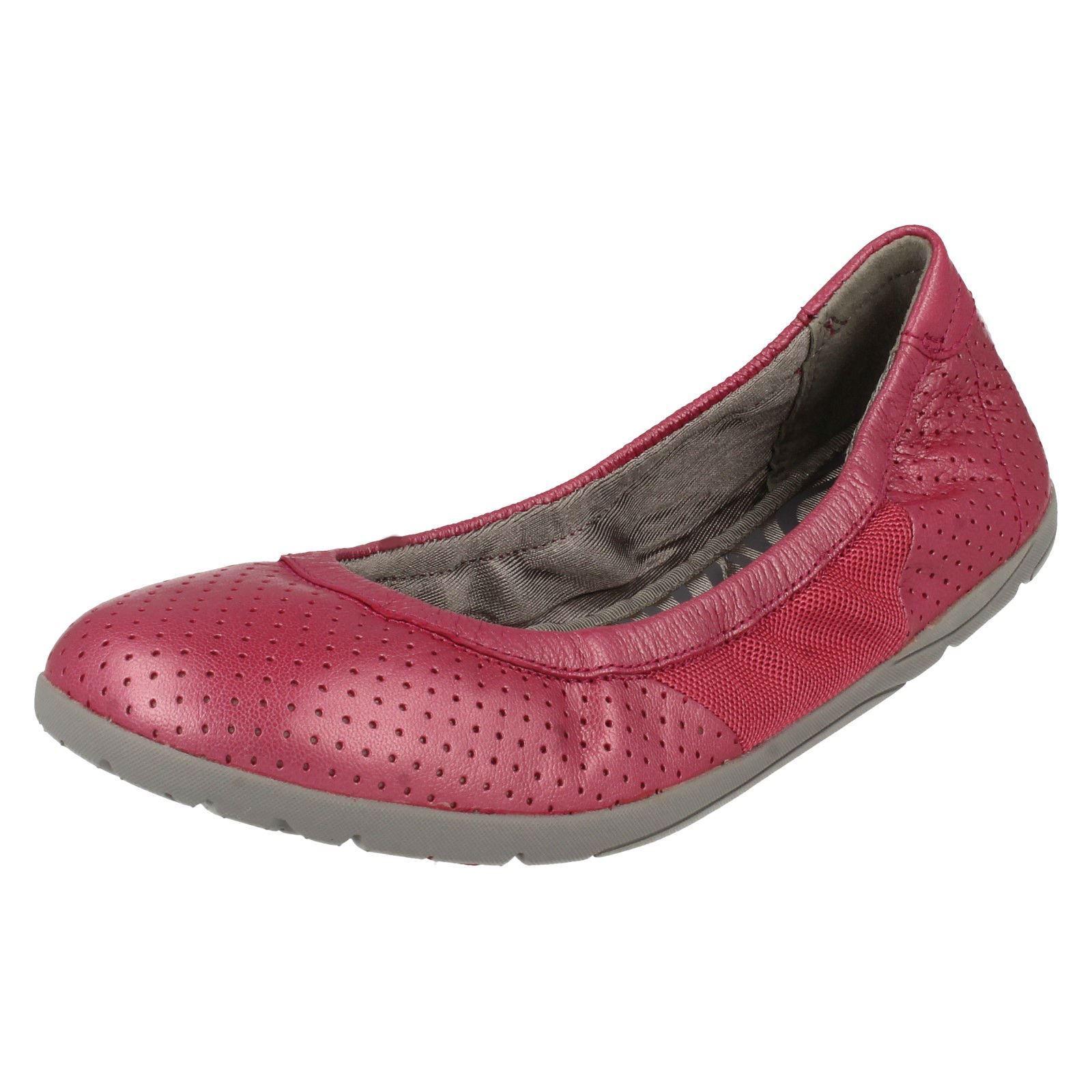 ee70b403adb Ladies Clarks Slip On Ballet Pumps  Illya Shine