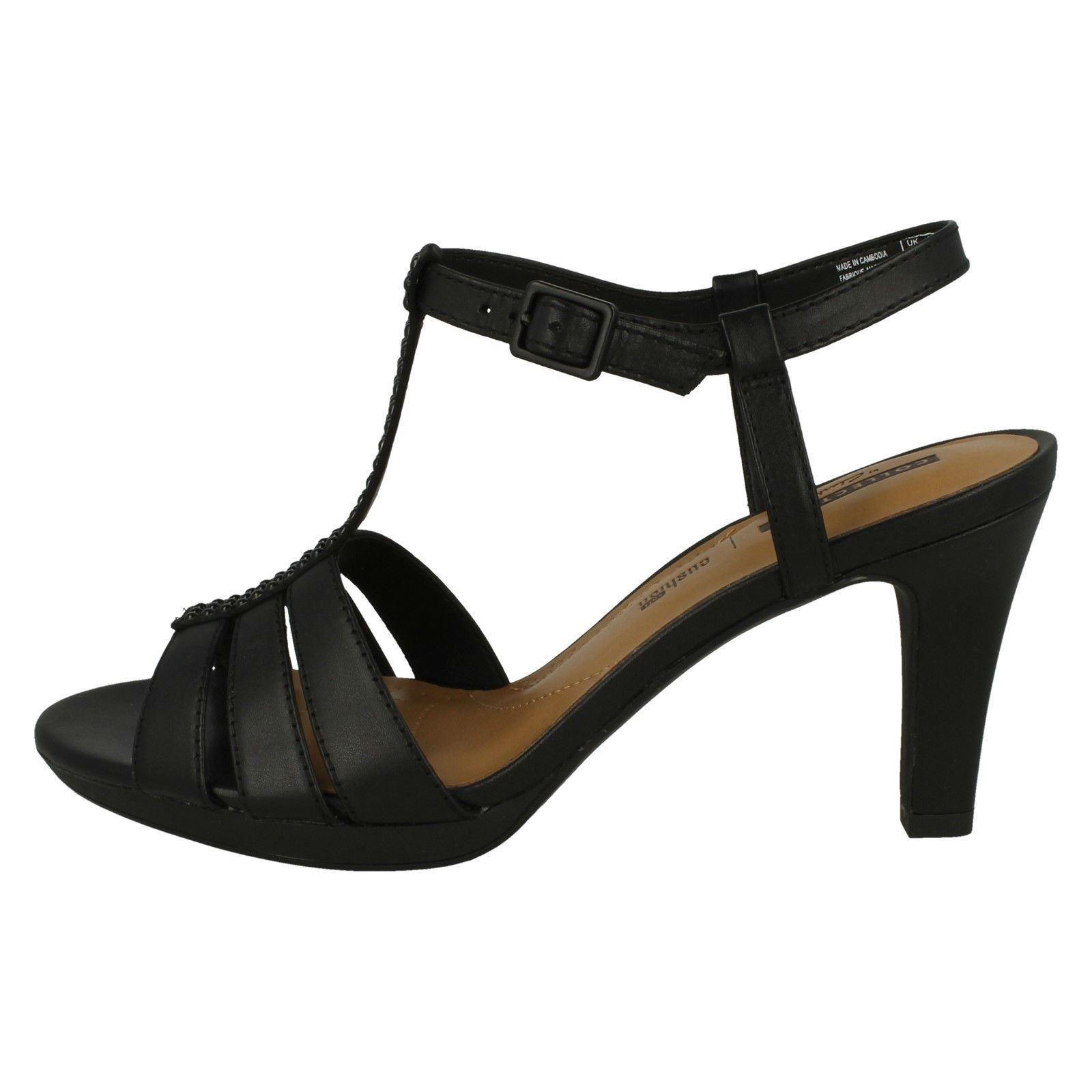 9ce340c994ae Ladies-Clarks-Adriel-Tevis-Slingback-Sandals thumbnail 3