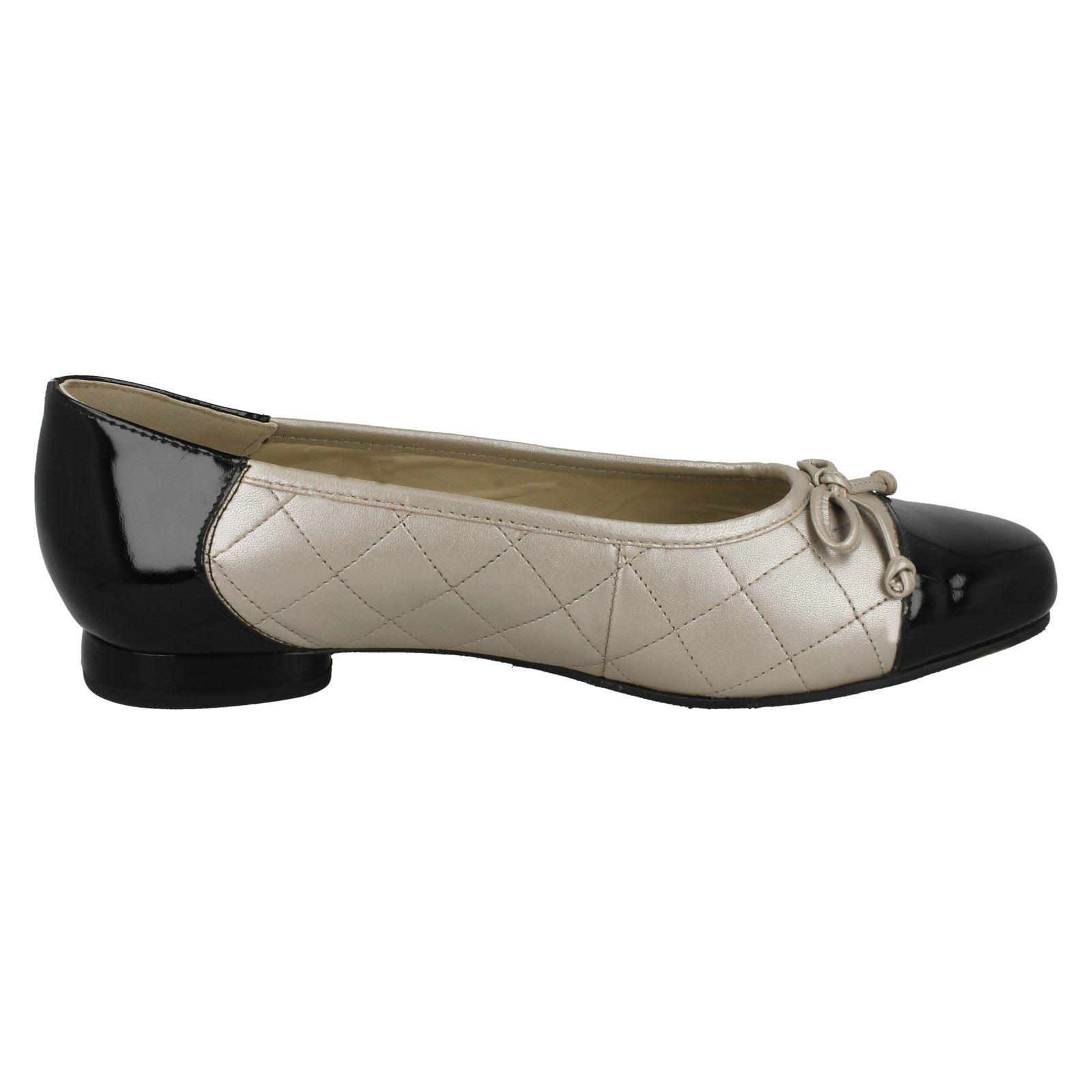 Mujer Mujer Mujer Equity Corte Ancho Ballet Zapatos Estilo 'Patitas' fa37d2