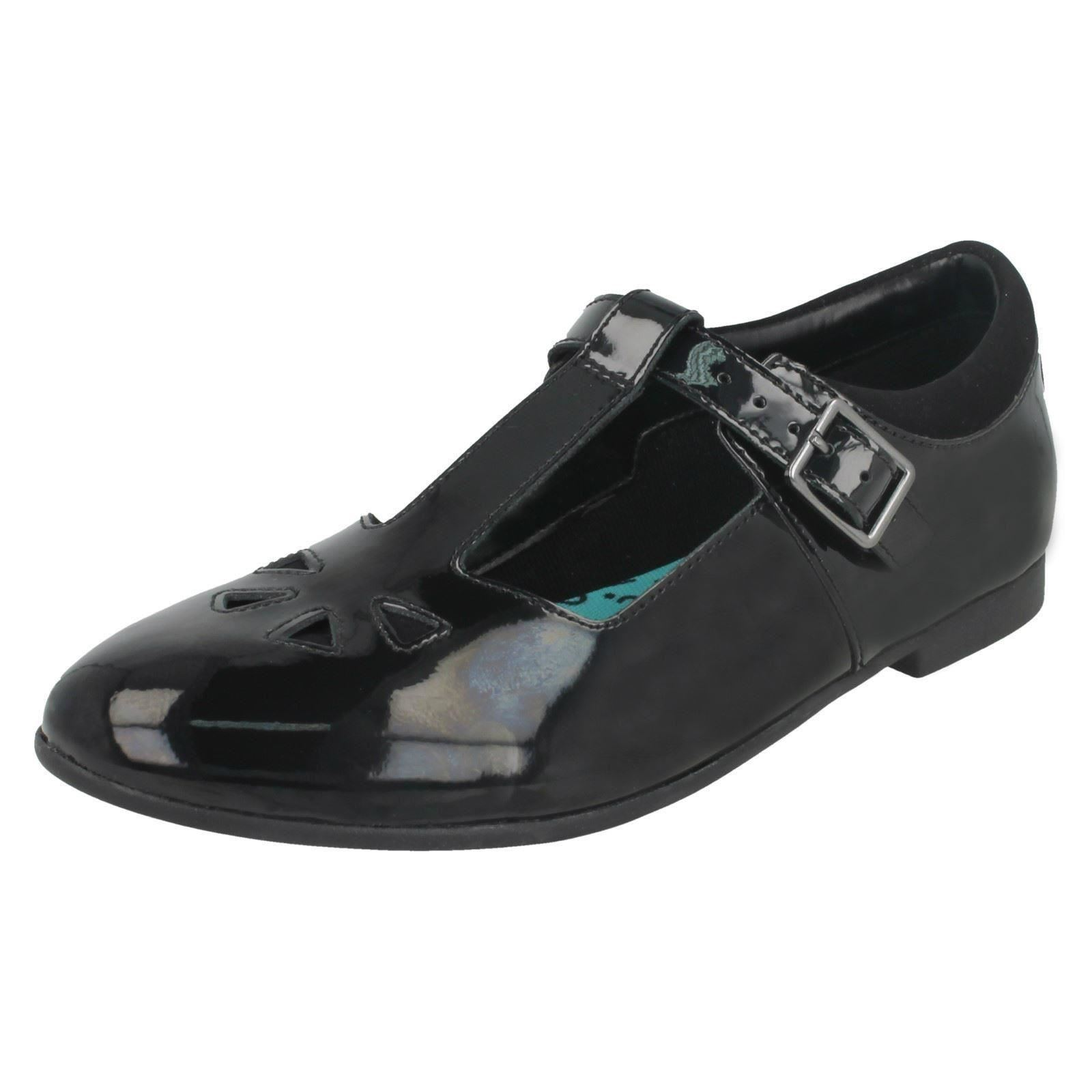 /'Girls  Clarks/' T-Bar School Shoes Selsey Play