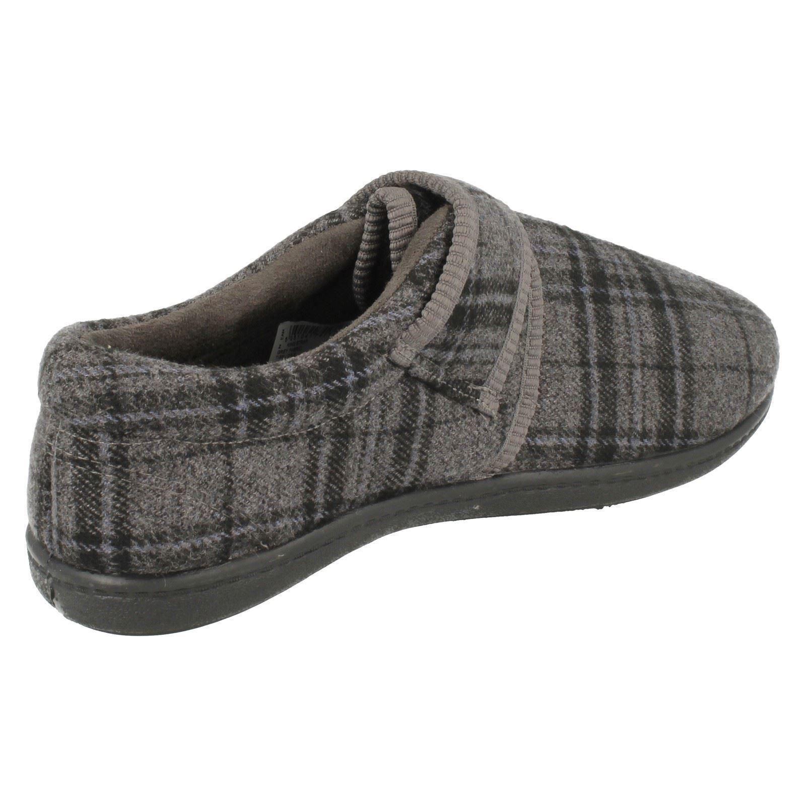 Uomo-Clarks-A-STRAPPO-CHIUSURA-Pantofole-039-re-spalline-039