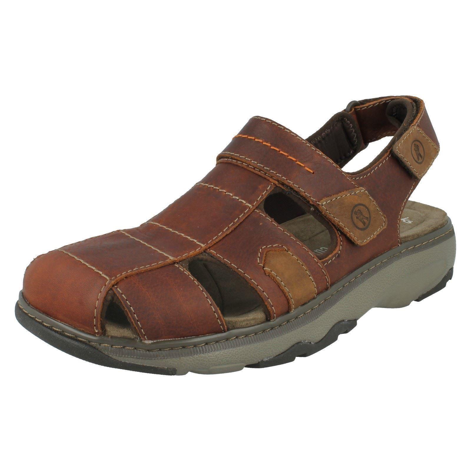 9d280e6a3eea Men s Clarks Enclosed Toe Lightweight Velcro Casual Leather Sandals ...