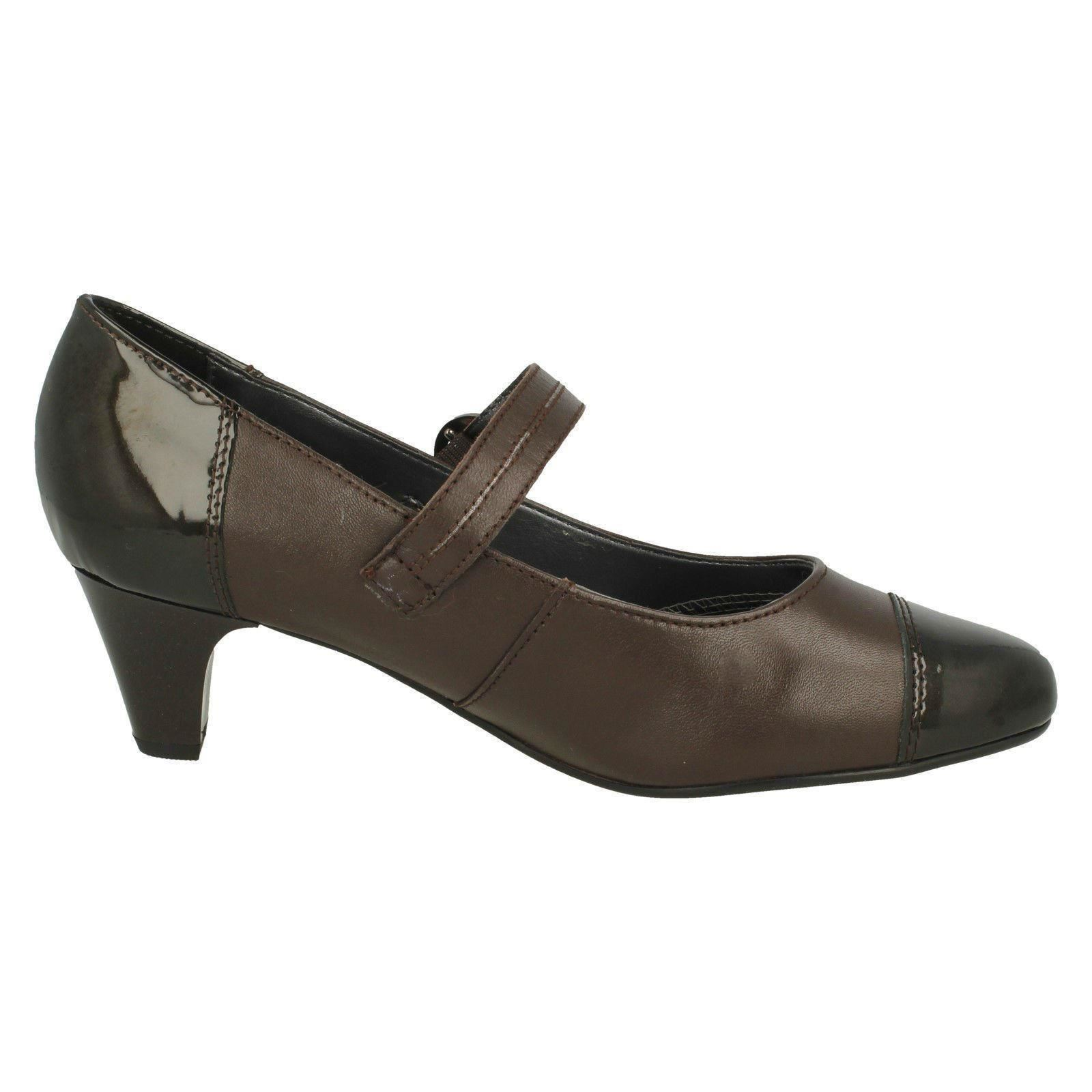 Brown Scarpe stile con Padded tacco Ladies Jean Mary Jane n7U7Hr8x4w