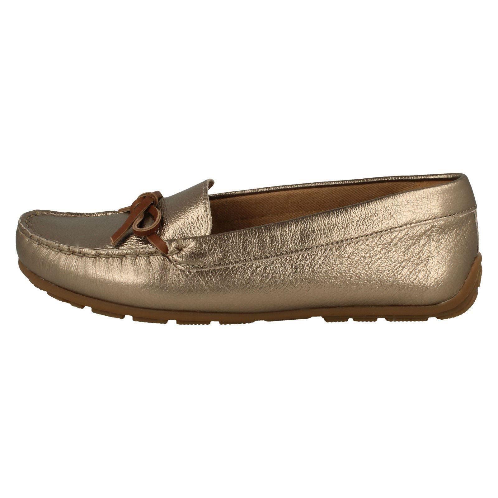 Details zu Damen Clarks Mokassin Stil Schuhe Dameo Swing